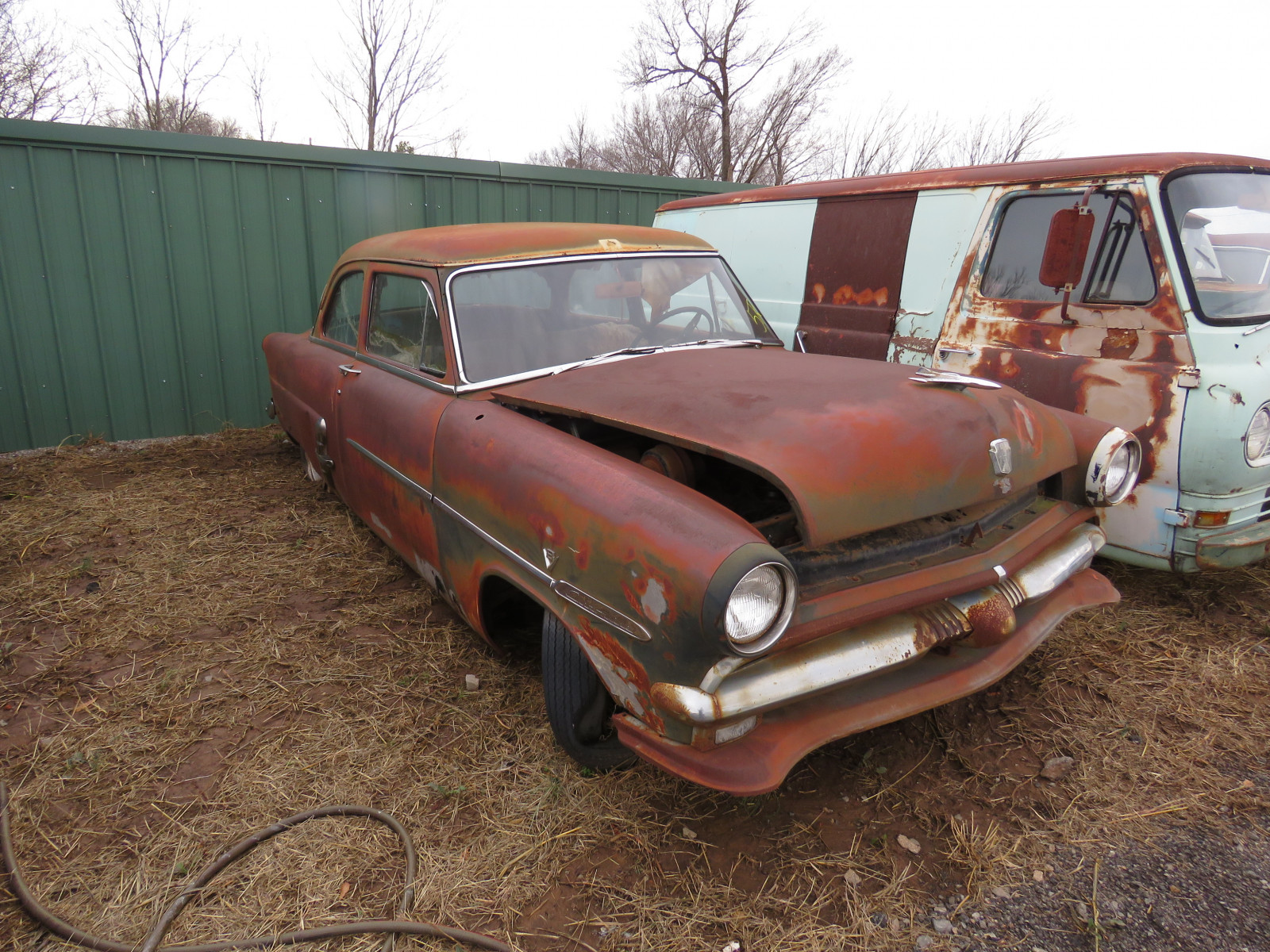 1948 Ford Customline 2dr Post 8BDG125986 - Image 3