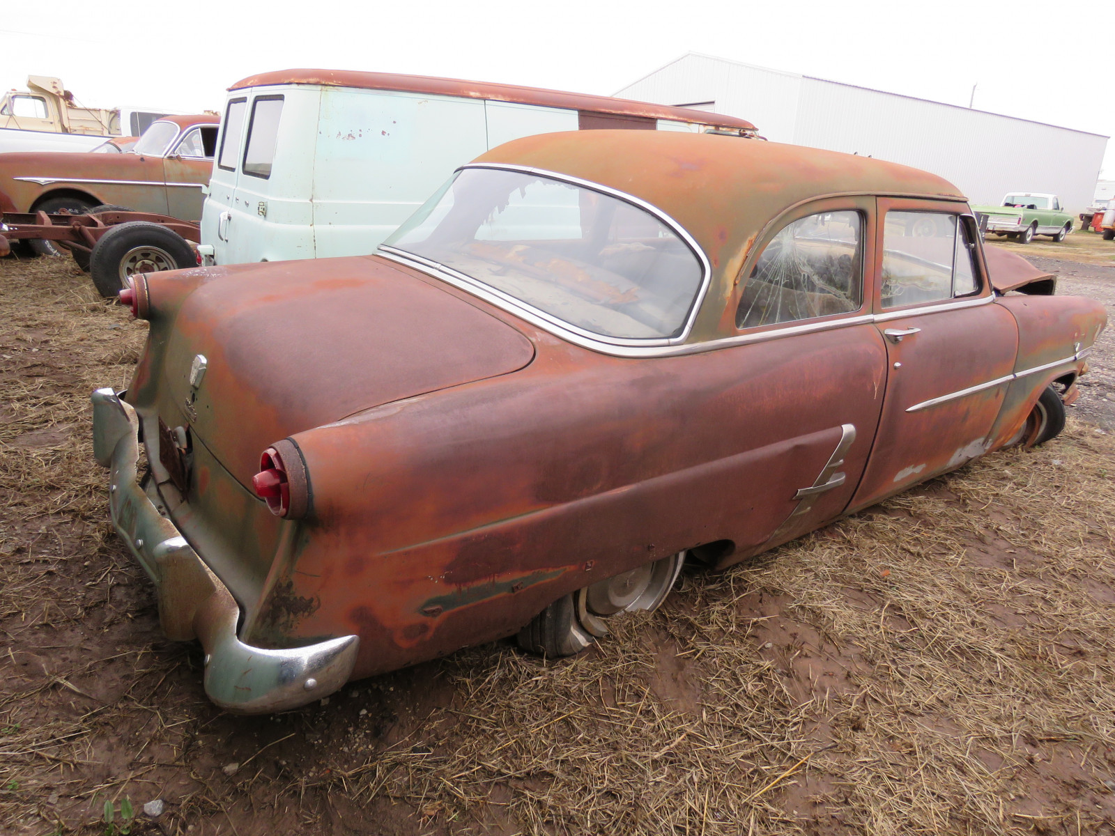 1948 Ford Customline 2dr Post 8BDG125986 - Image 4