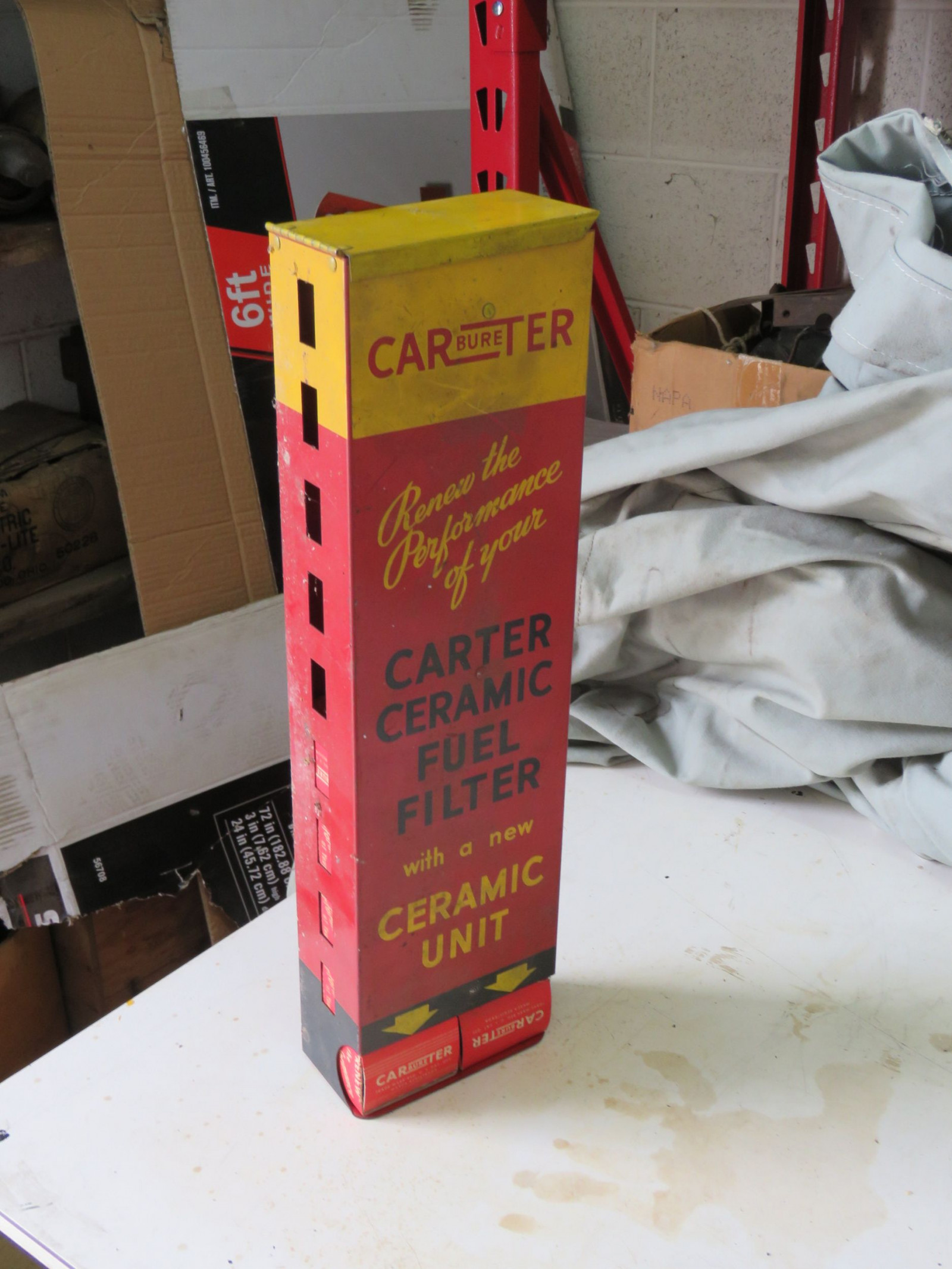 Carter Carburator Box  display - Image 3