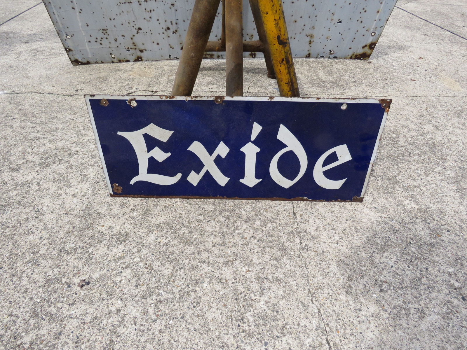 Excide DS Porcelain Sign - Image 1