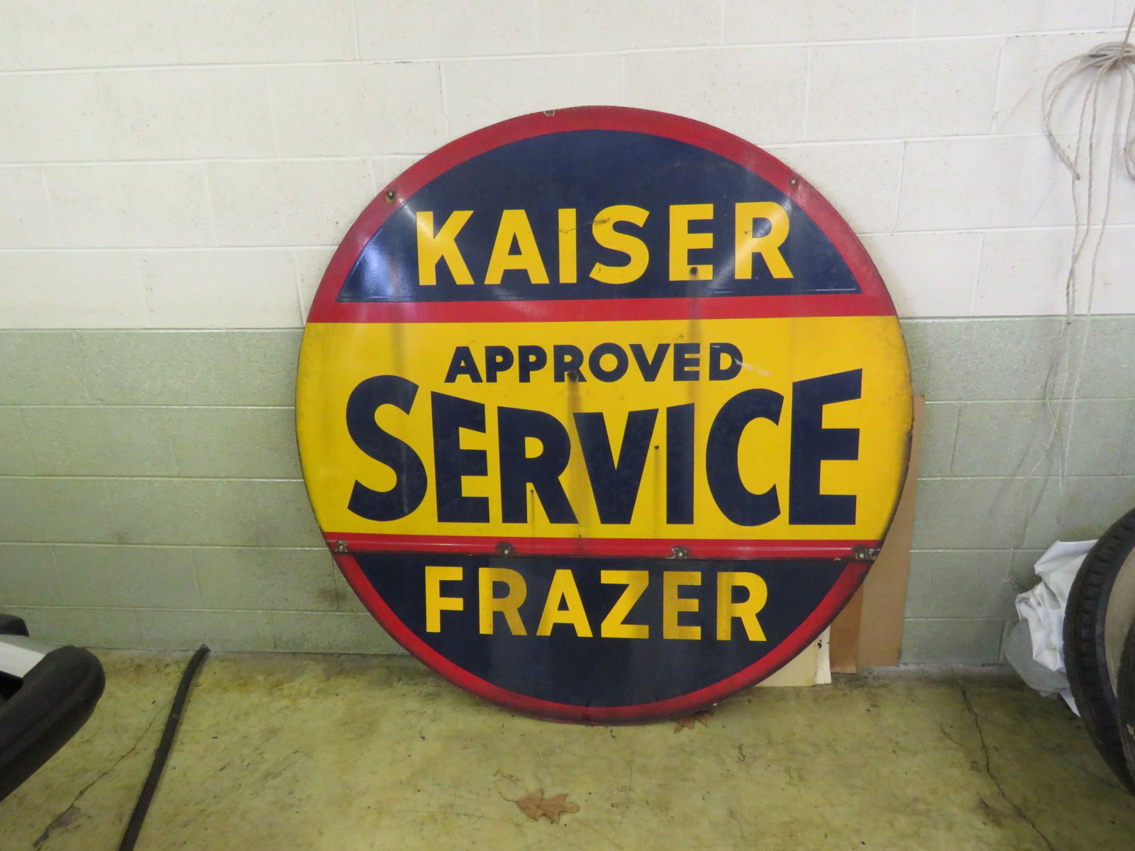 Kaiser-Frazer Approved Service Porcelain Sign - Image 2