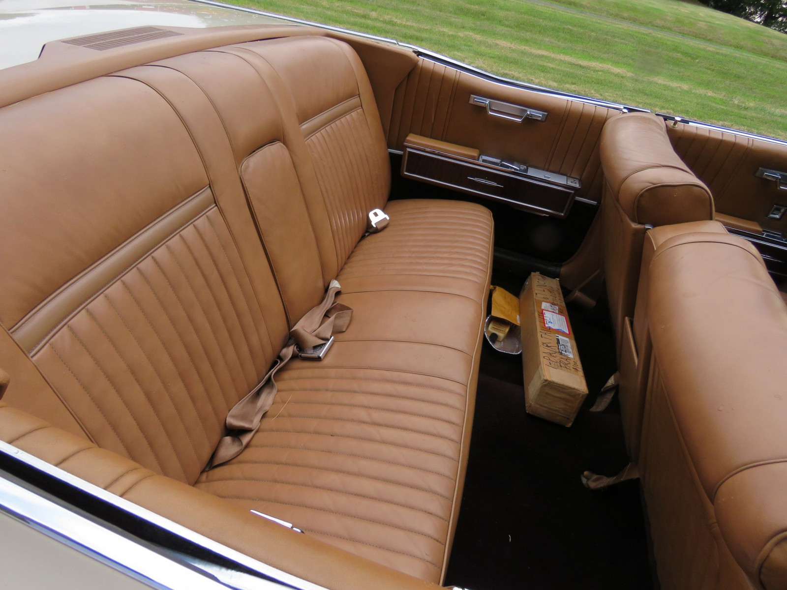 1967 Lincoln Continental 4dr Suicide Convertible - Image 14