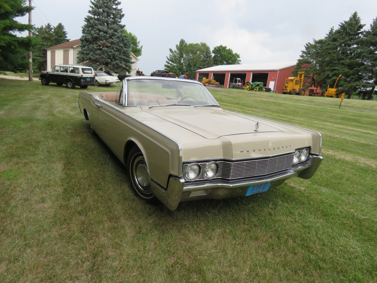 1967 Lincoln Continental 4dr Suicide Convertible - Image 3