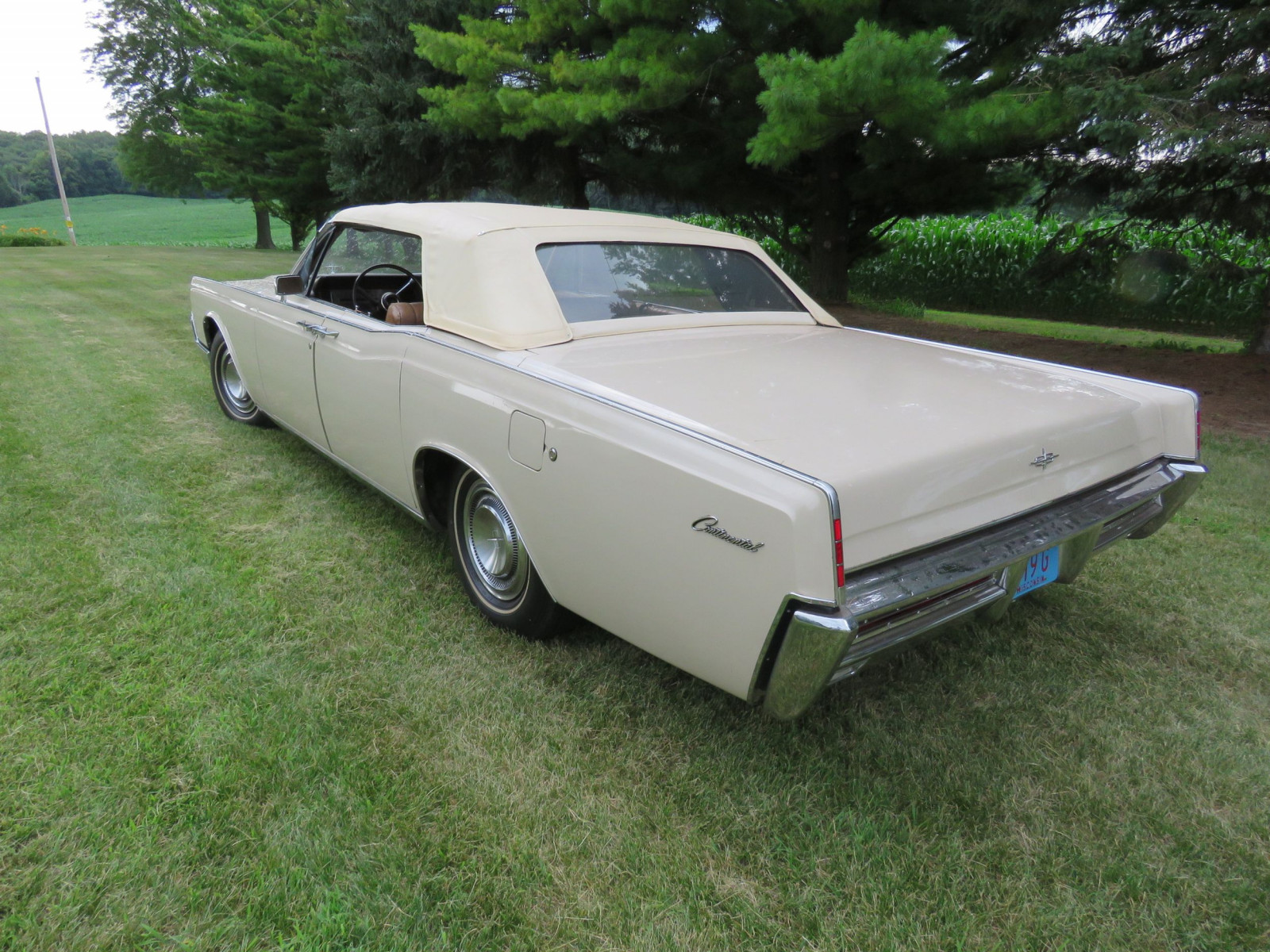 1967 Lincoln Continental 4dr Suicide Convertible - Image 5