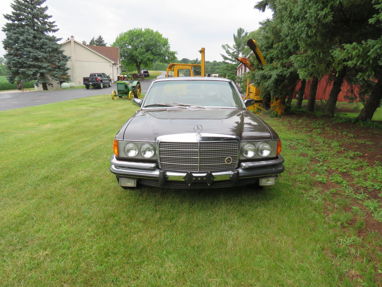1973 Mercedes 450 SE 4dr Sedan - Image 2