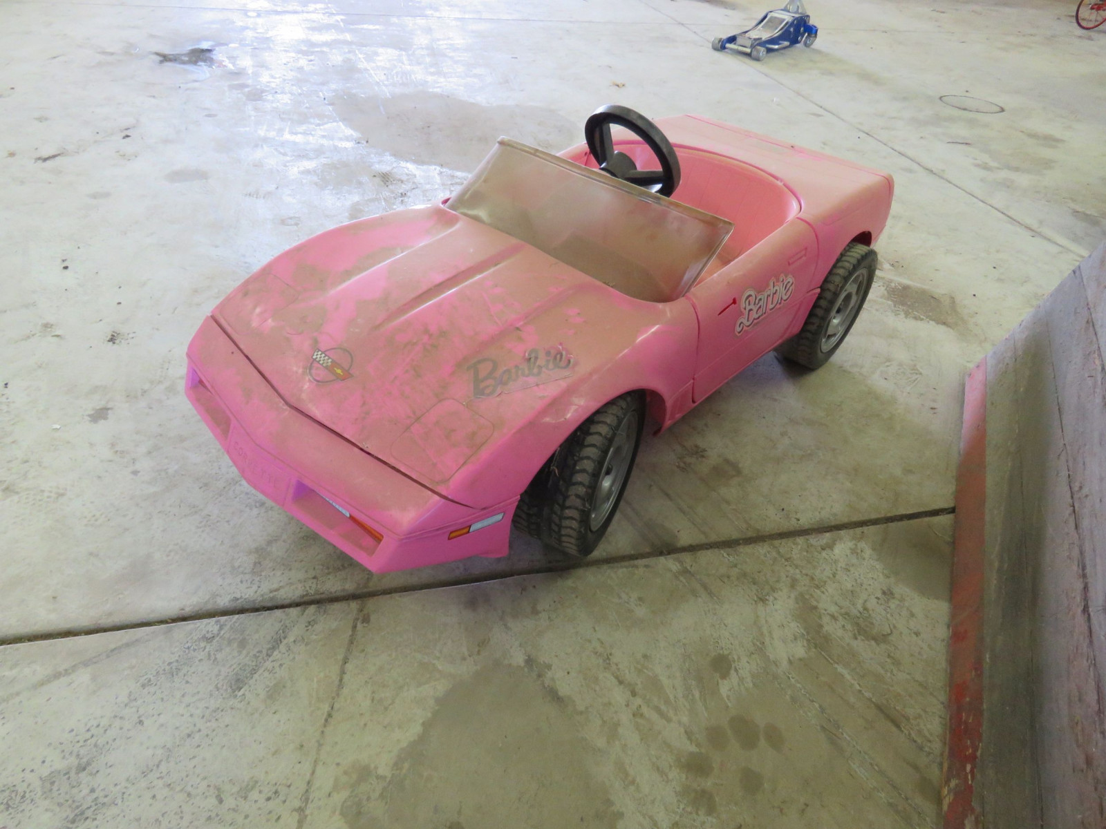 Corvette Plastic Barbie Car - Image 2