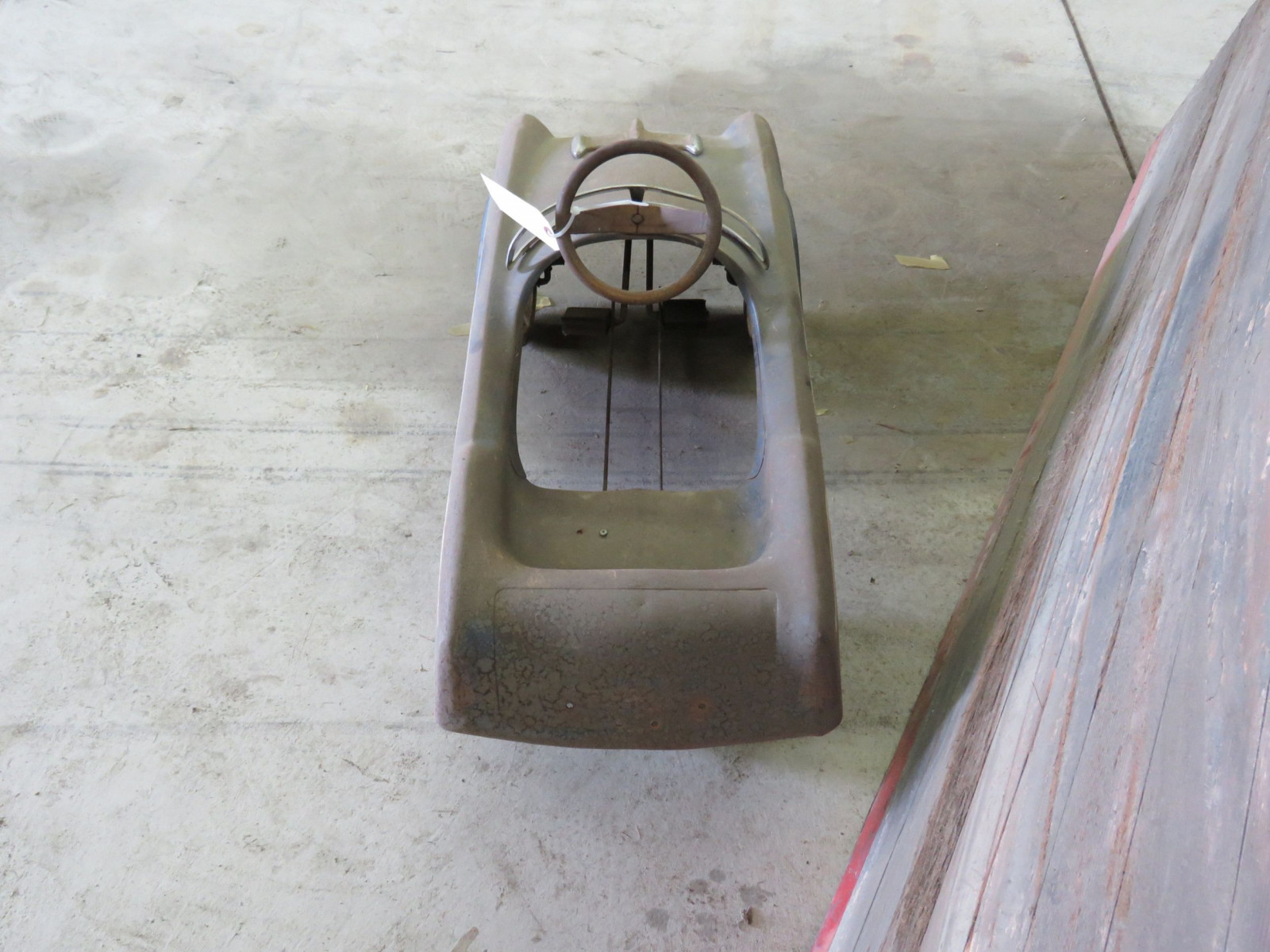 Midwest Industries Jet Hawk Pedal Car - Image 4