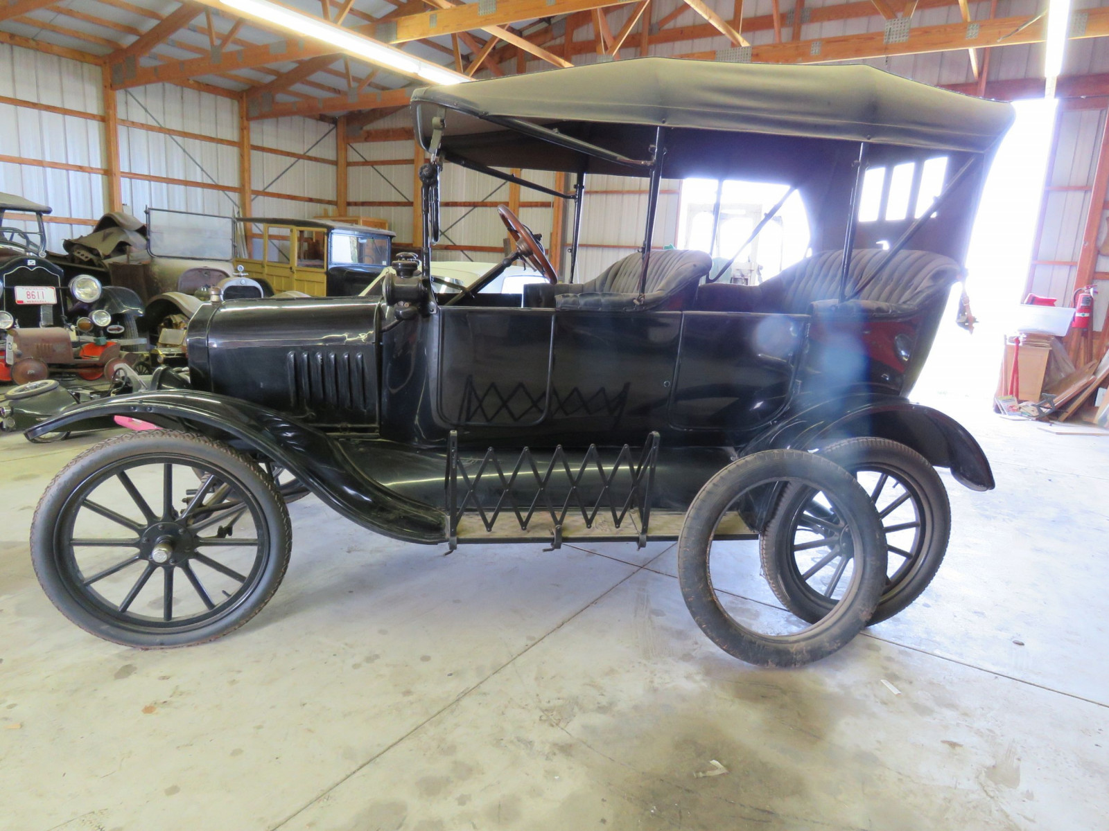1918 Ford Model T Touring Car - Image 4