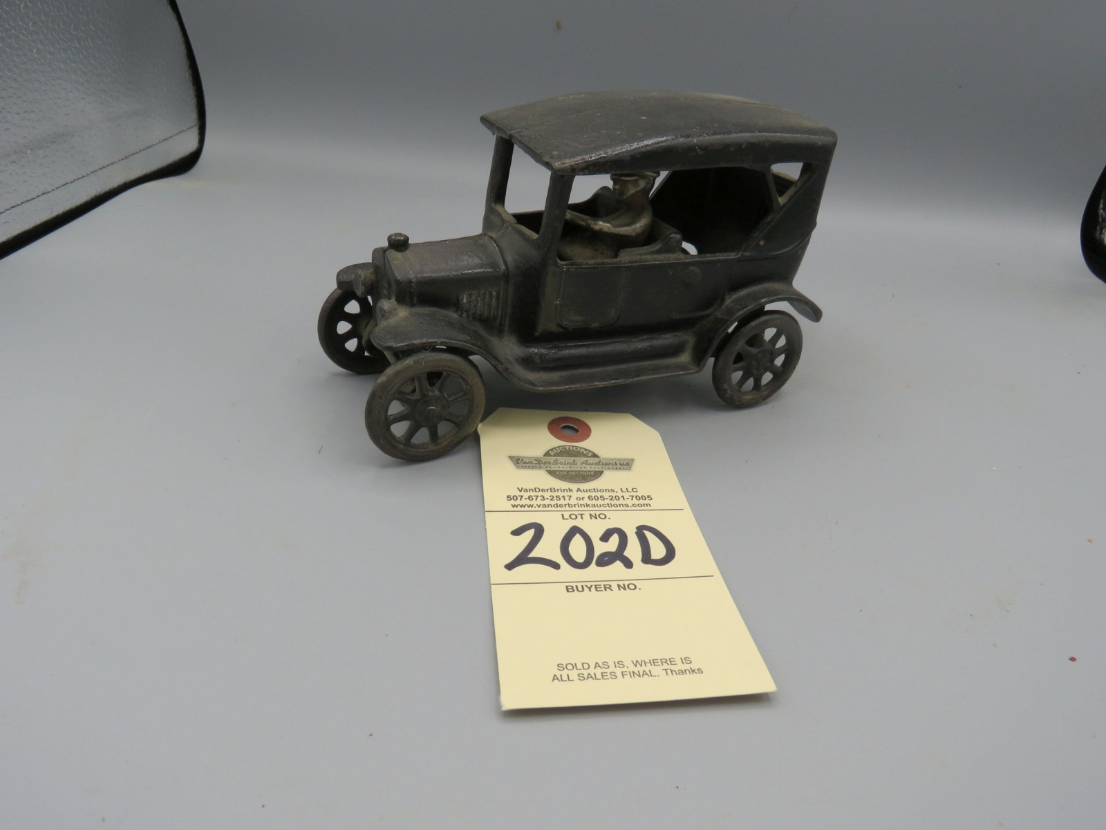 Arcade Cast Iron Chevrolet Superior Touring Car @1925 Approx. 7 inches - Image 1