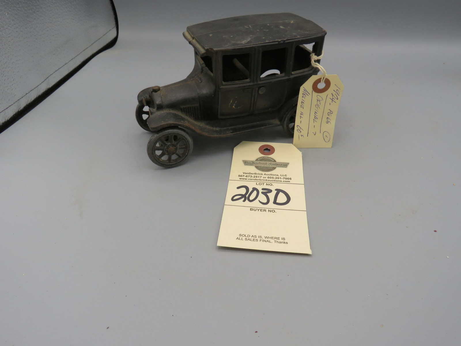 Arcade Cast Iron Chevrolet Superior Sedan @1925 Approx. 7 inches - Image 1