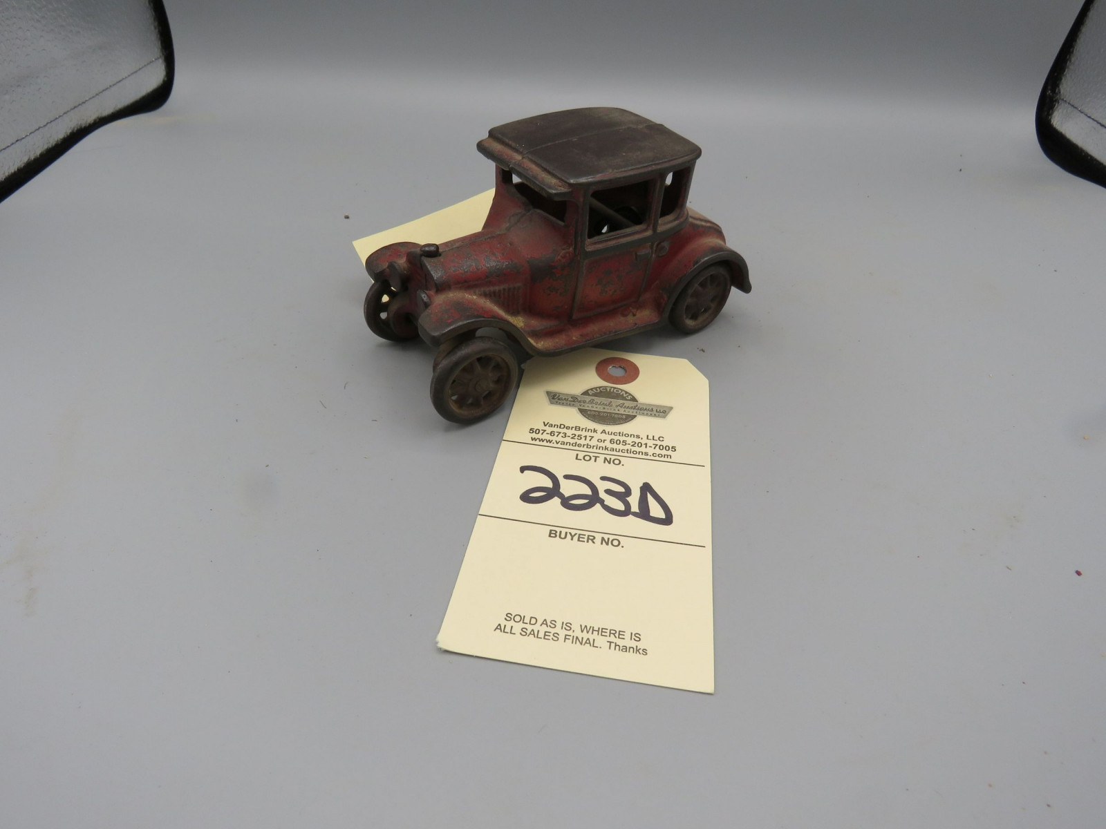 Arcade Cast Iron Coupe @1926 Approx. 6 inches - Image 1