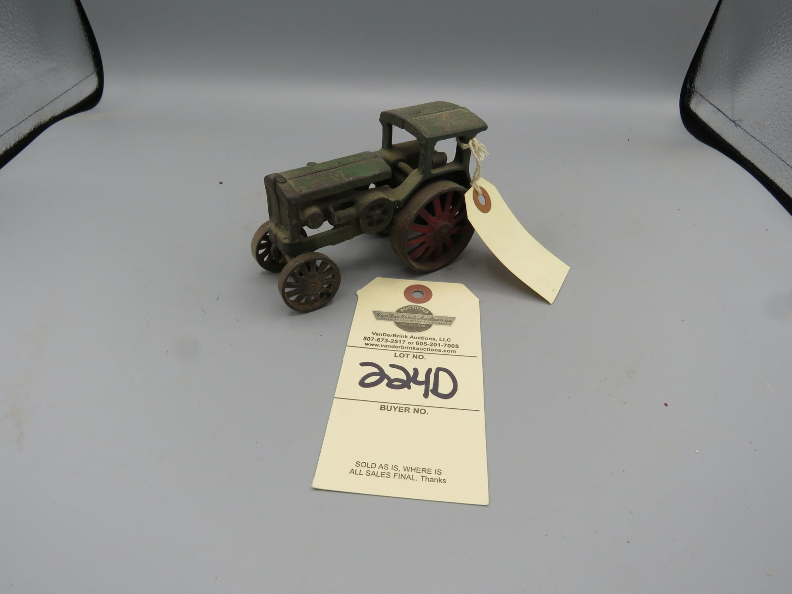Vintage Cast Iron Avery Steam Traction Tractor @1921 Approx. 9 inches - Image 1