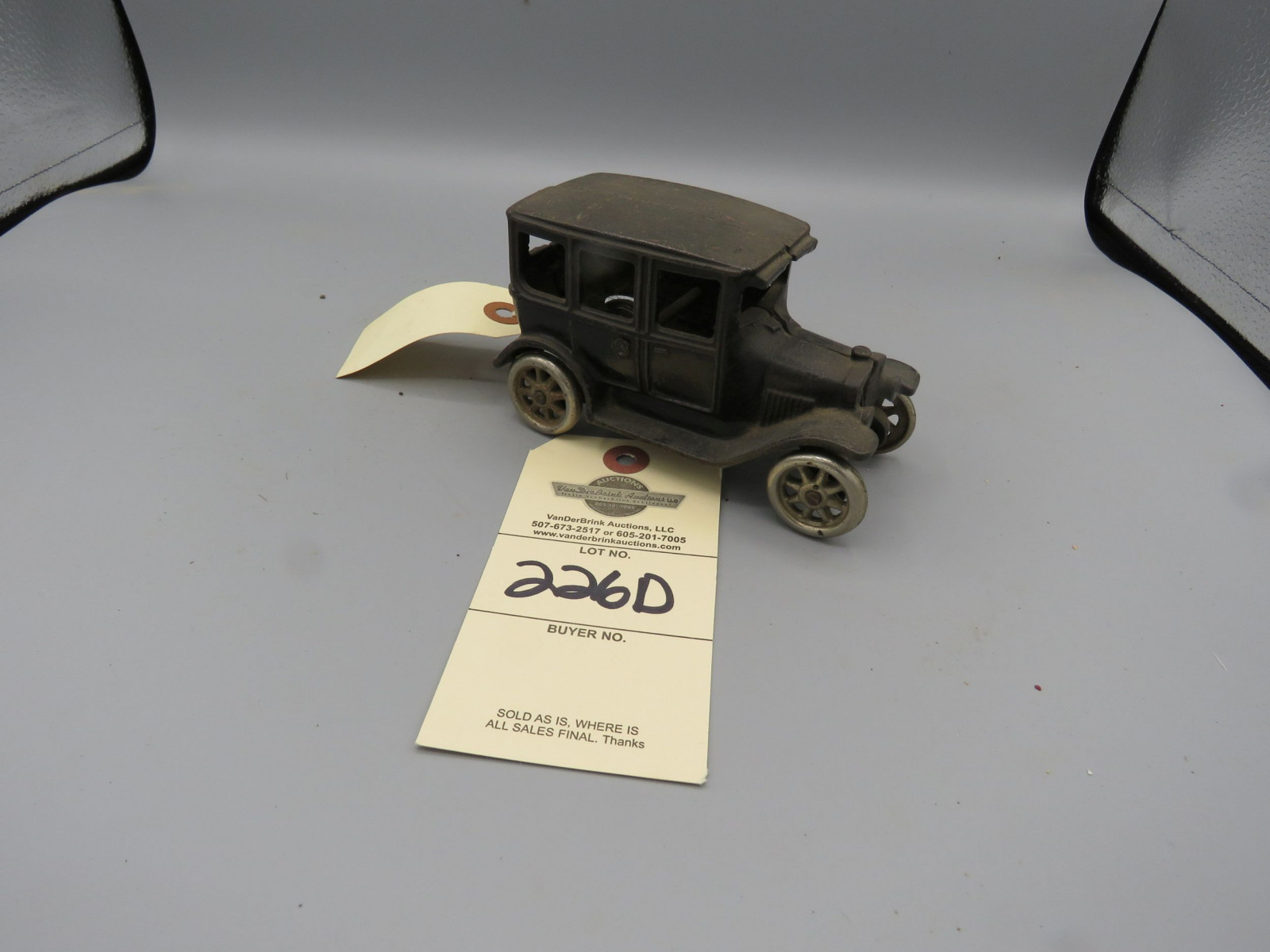 Arcade Cast Iron Sedan @1924 Approx. 6 inches - Image 1