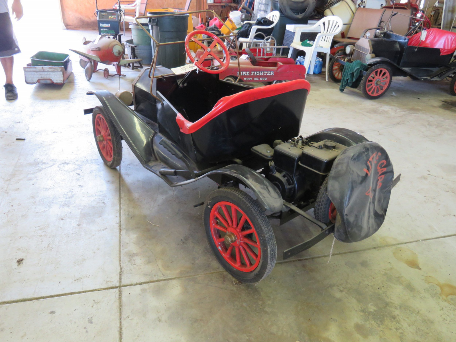 Ford Model T Touring Car Gas Powered Child's or Shriner Car - Image 5