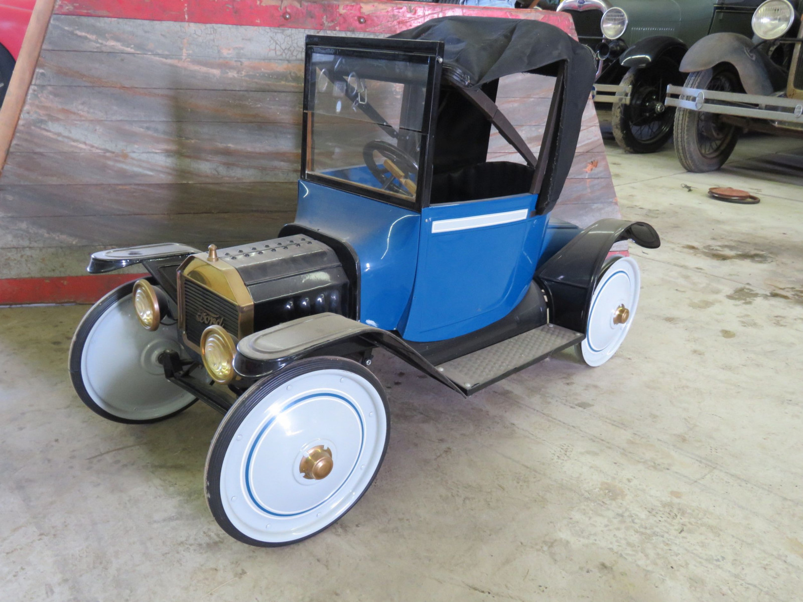 Ford Model T Roadster Pedal Car - Image 1