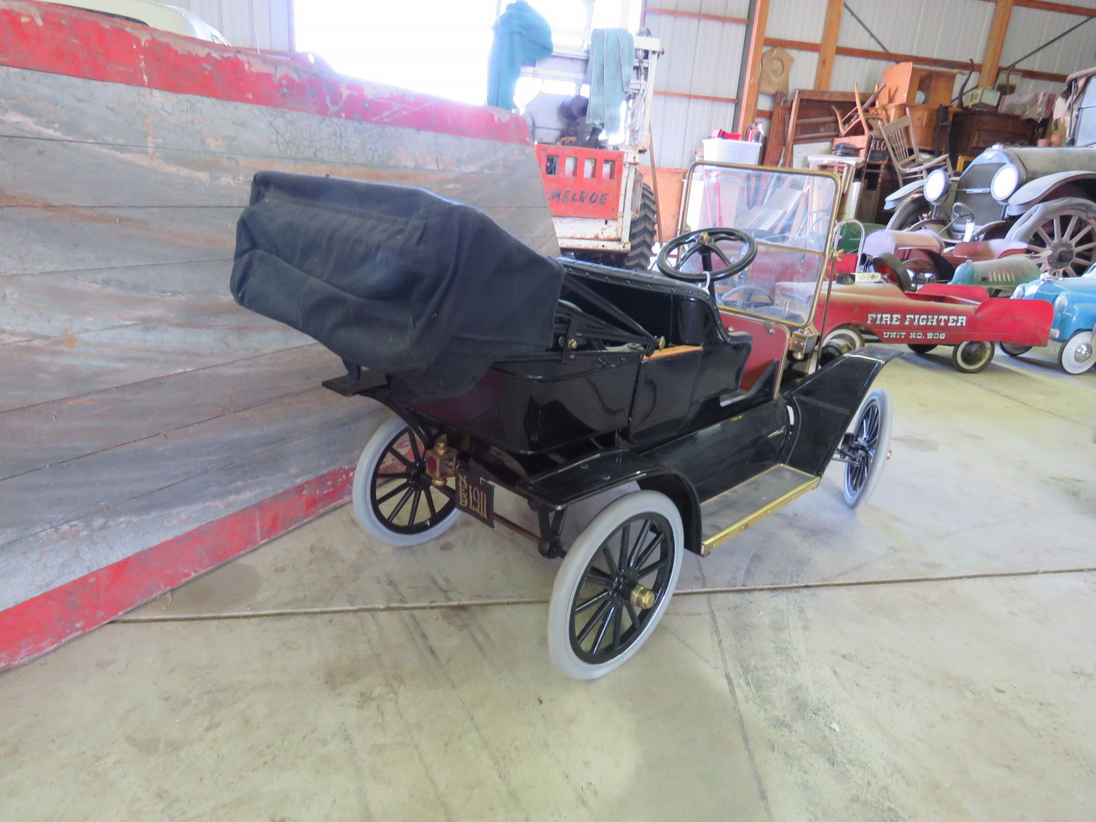 Model T Touring Car Pedal Car - Image 4