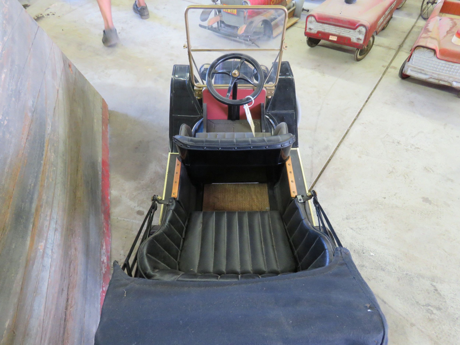 Model T Touring Car Pedal Car - Image 7