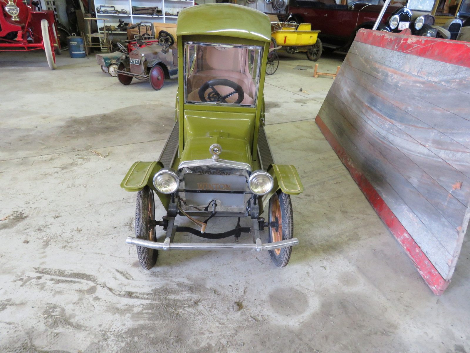 Ford Model T Center-Door Pedal Car - Image 2