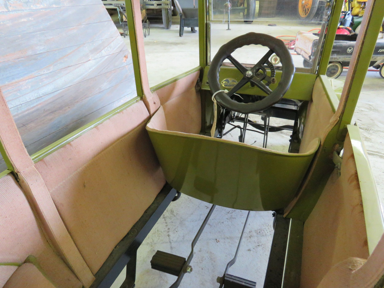 Ford Model T Center-Door Pedal Car - Image 7