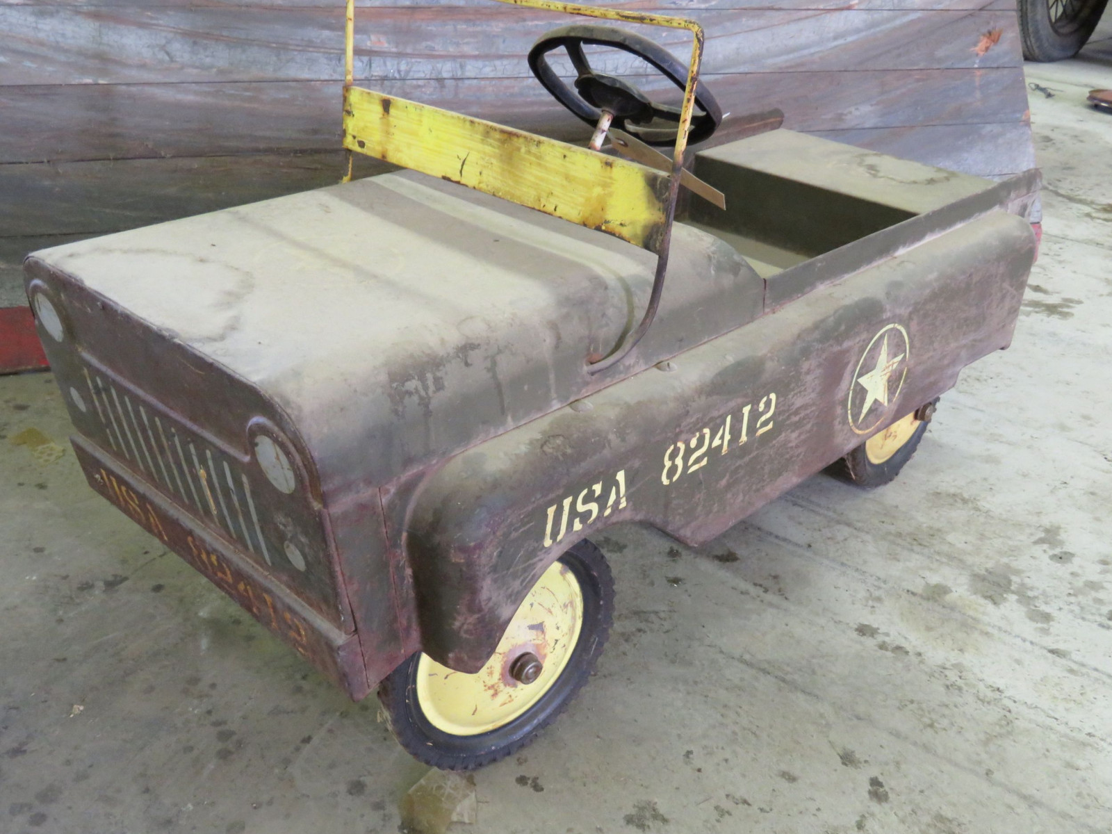 Vintage Garton Military Jeep Pedal Car for restore - Image 1
