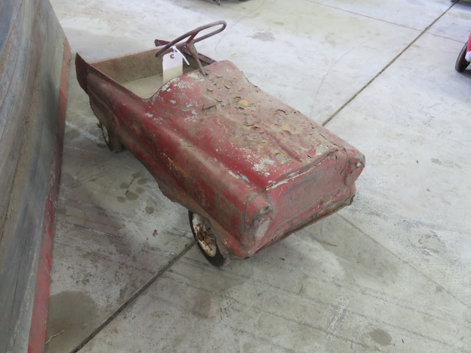 Vintage Murray Pedal Car for Restore - Image 2