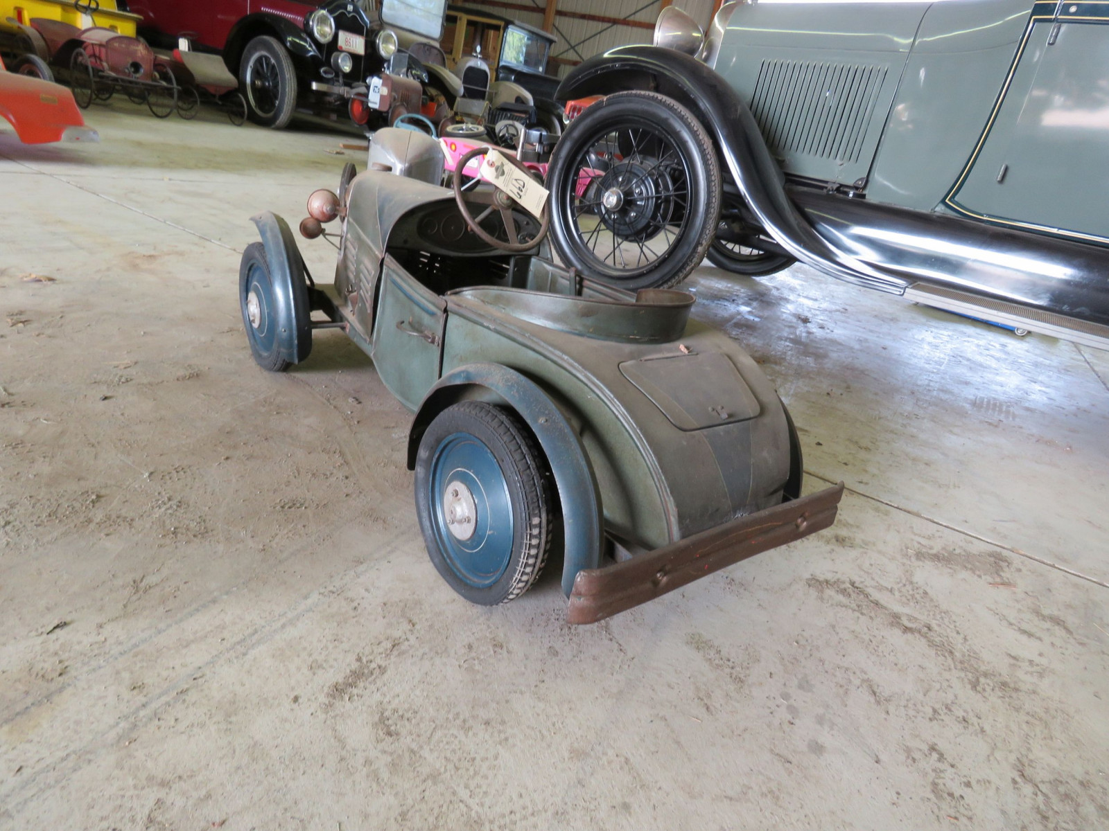 Vintage Regal Cycles Roadster Pedal Car - Image 5