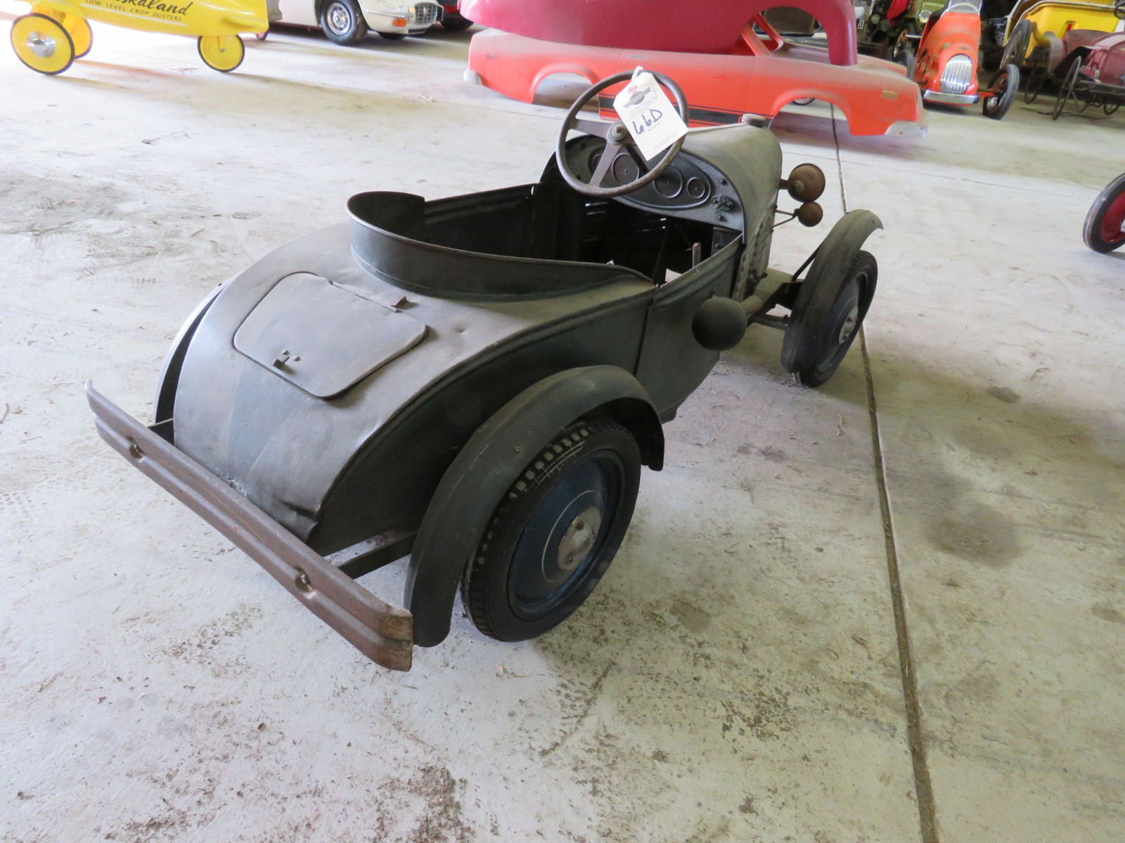 Vintage Regal Cycles Roadster Pedal Car - Image 7