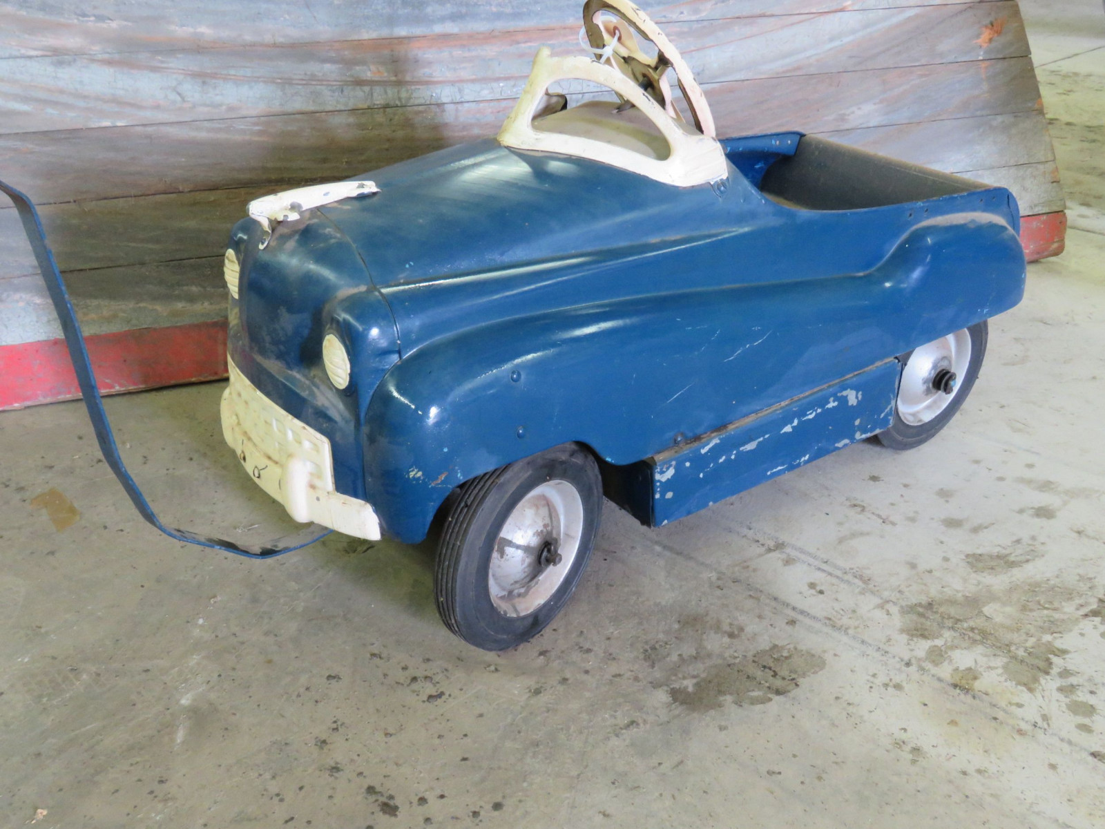 Vintage Murray Pedal Car - Image 1