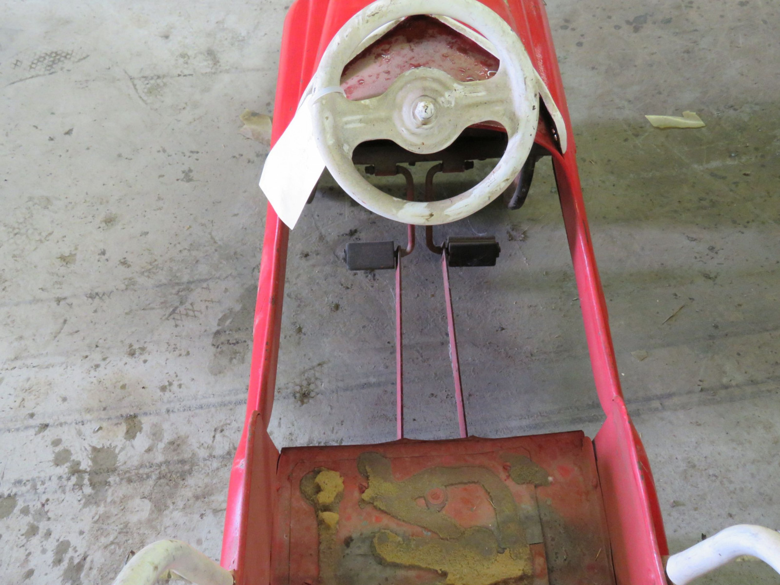 Vintage Murray Fire Chief pedal Car for Restore - Image 5