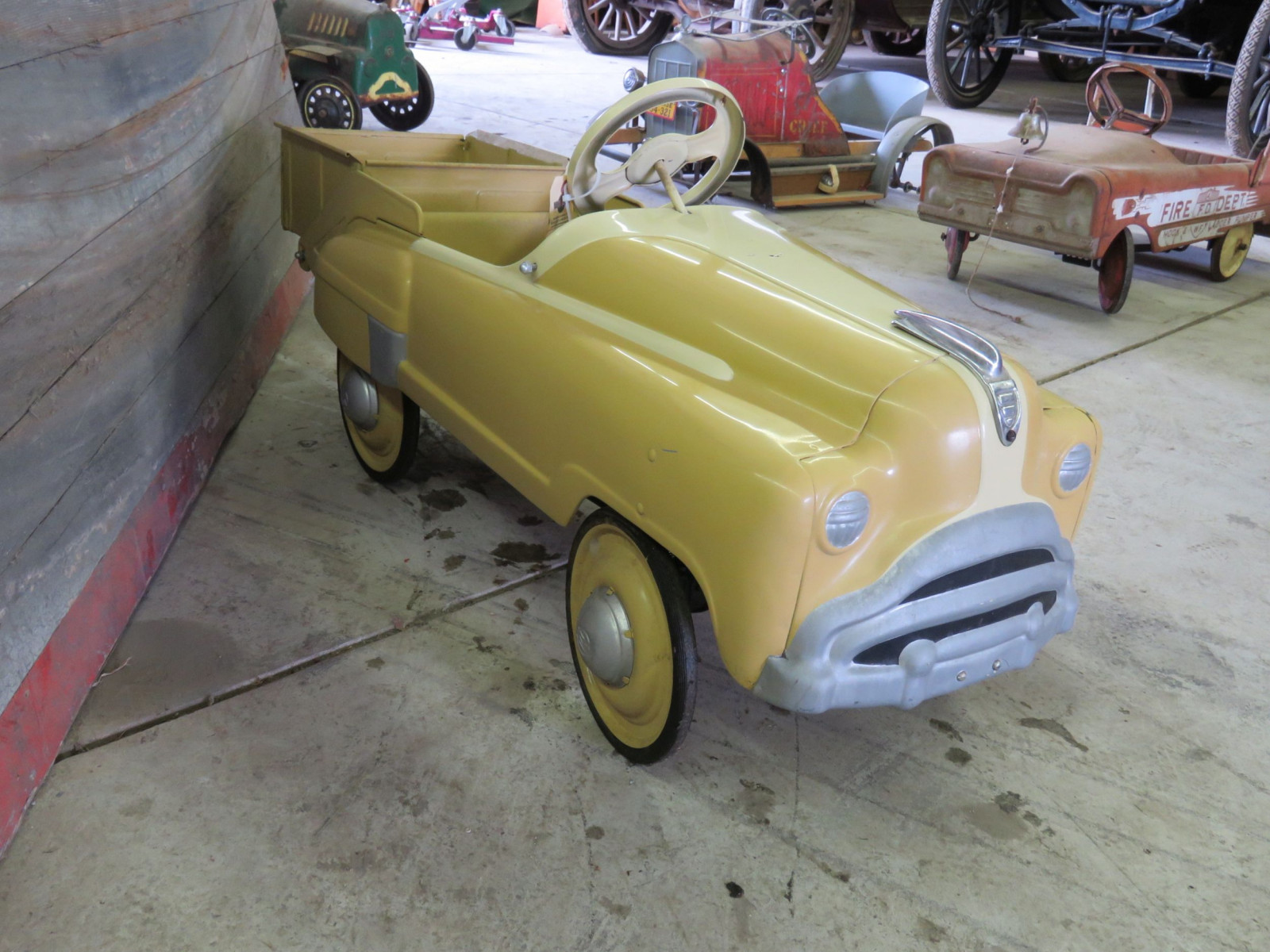Murray Pedal Car - Image 2