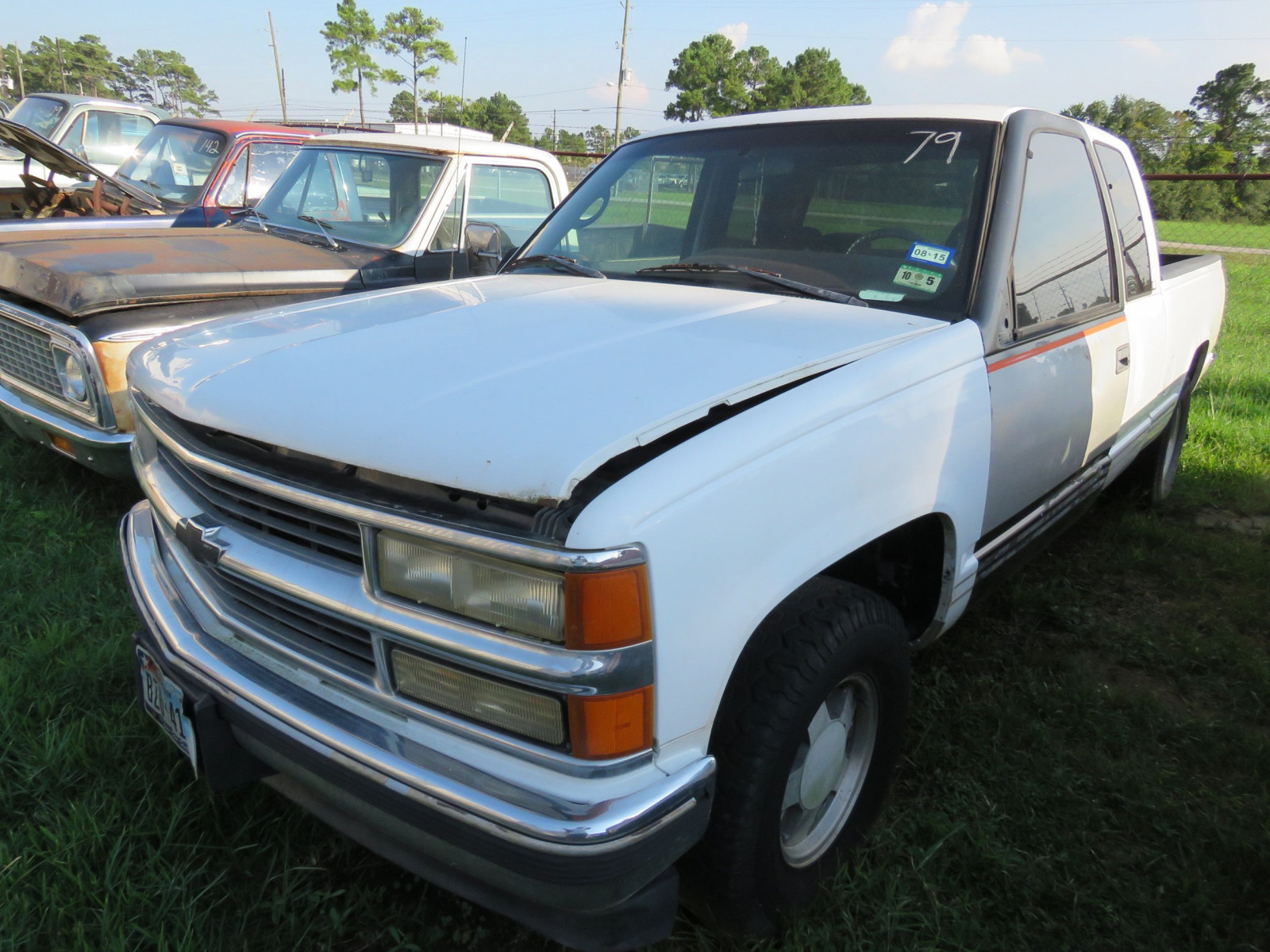 1996 Chevrolet Pickup - Image 1