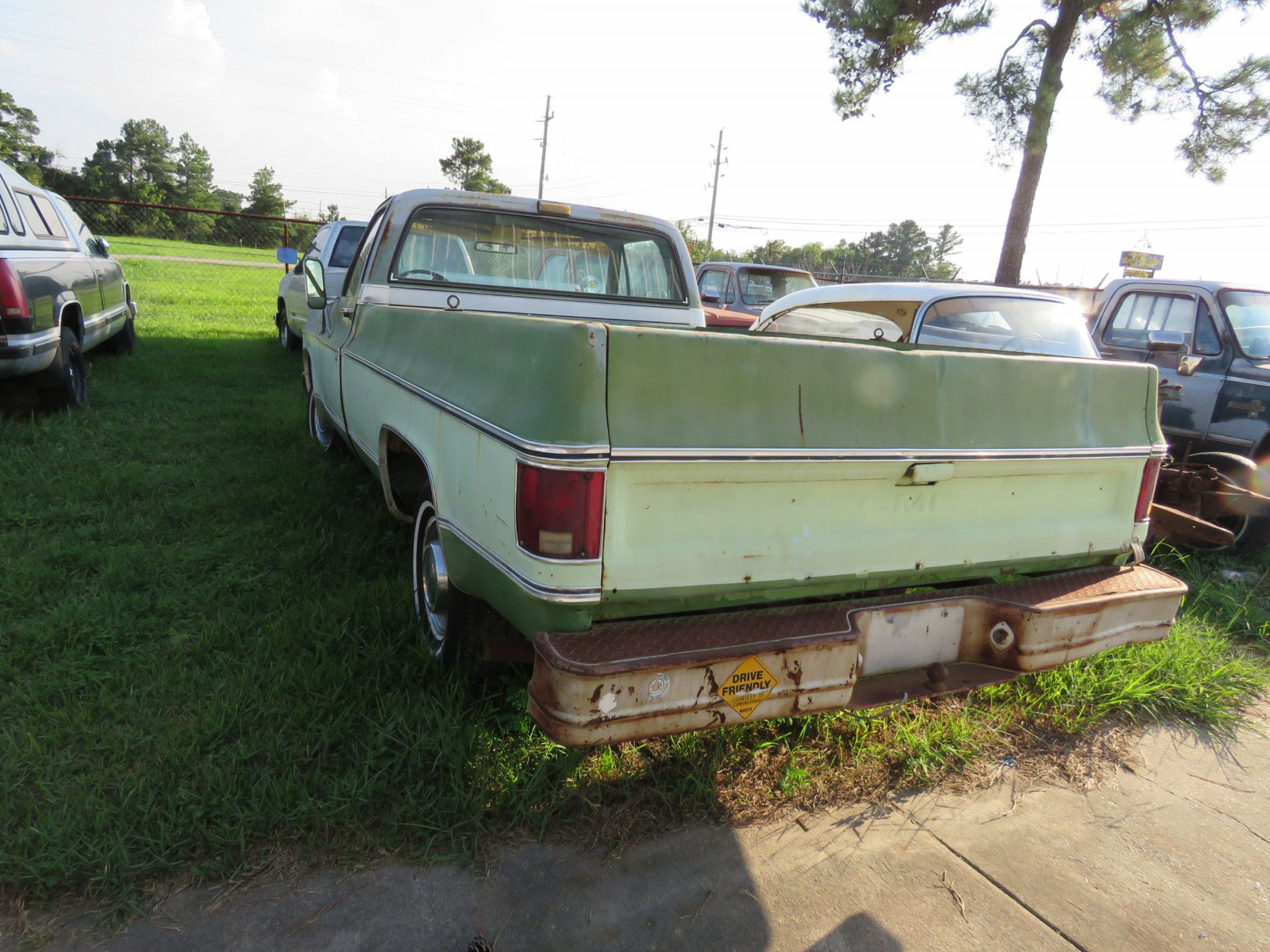 1976 GMC High Sierra 1/2 ton Pickup - Image 2