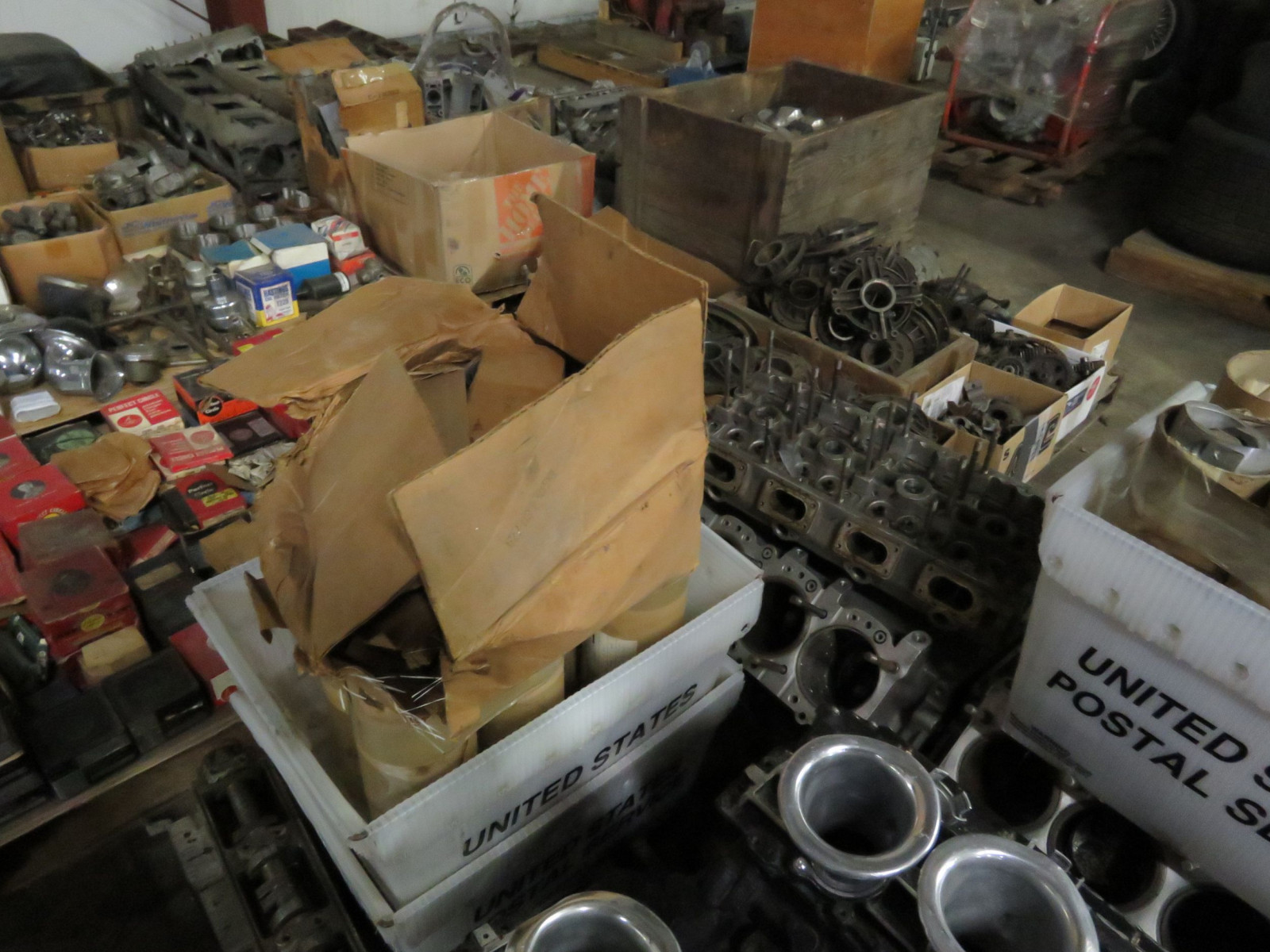 Ford Formula F1 Cosworth Engine with Parts Selling as a Pallet - Image 5