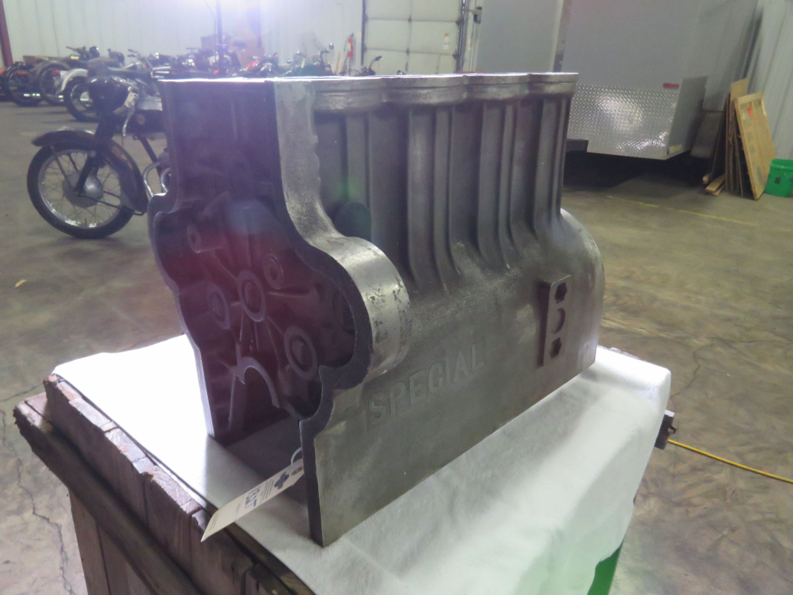 Rare 1933 Miller Block and Supercharger Casting - Image 3