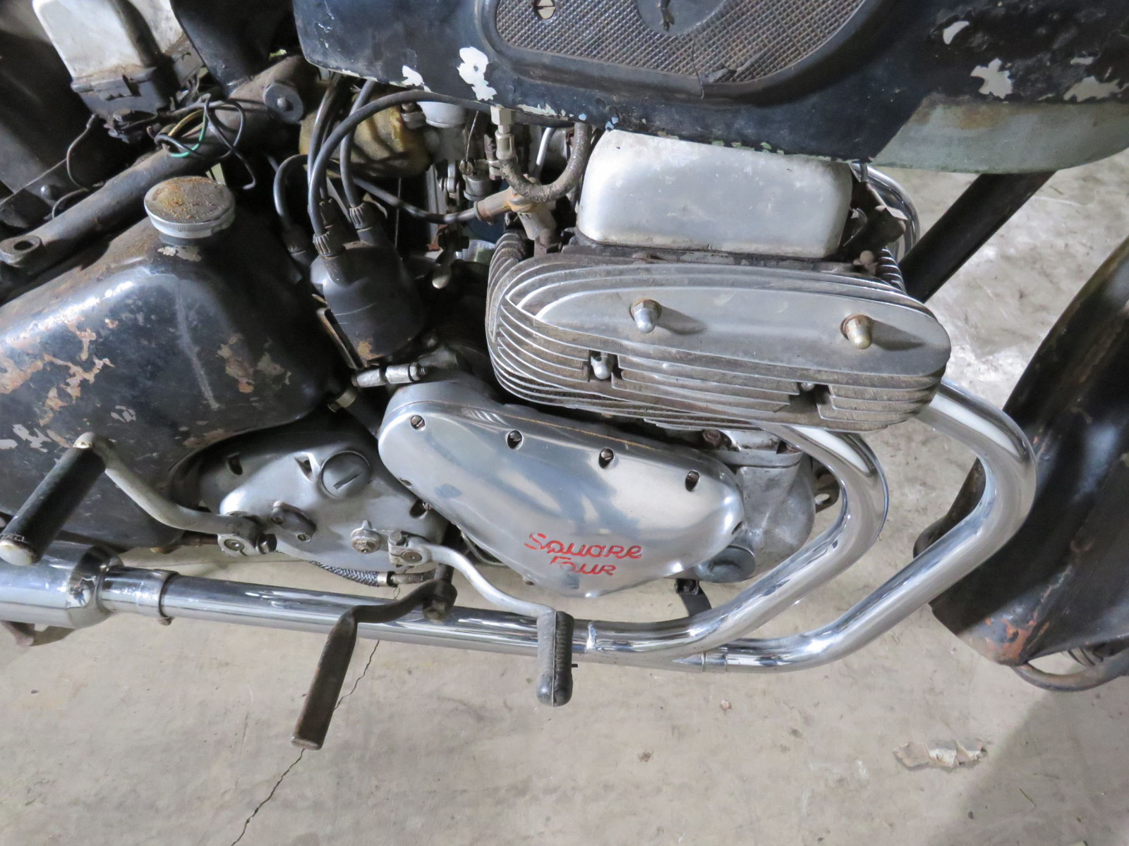 1957 Ariel Square Four Motorcycle - Image 7