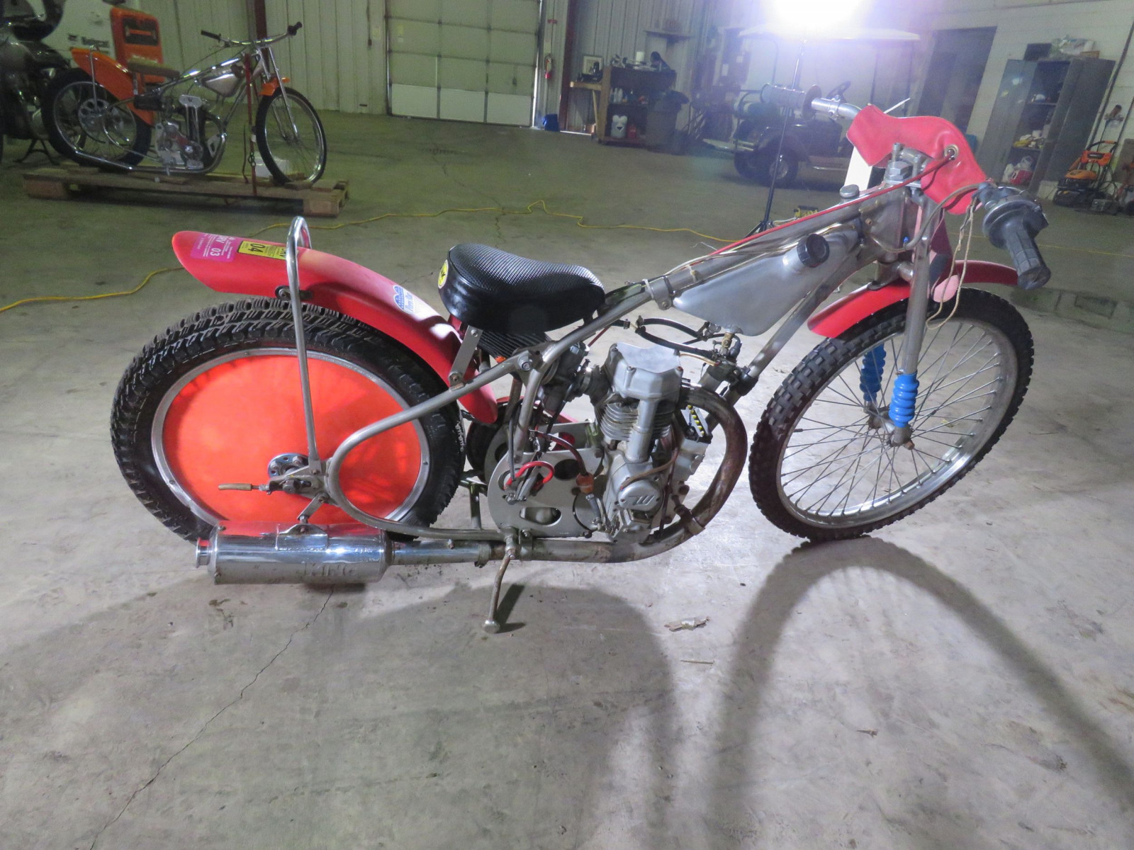 Speedway Racer Motorcycle - Image 4