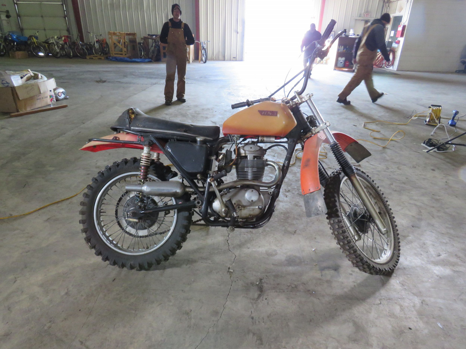 1968 BSA B44 Victor Special Motorcycle - Image 2