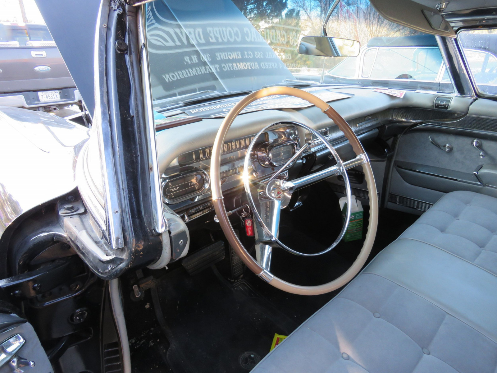1958 Cadillac Coupe DeVille - Image 9
