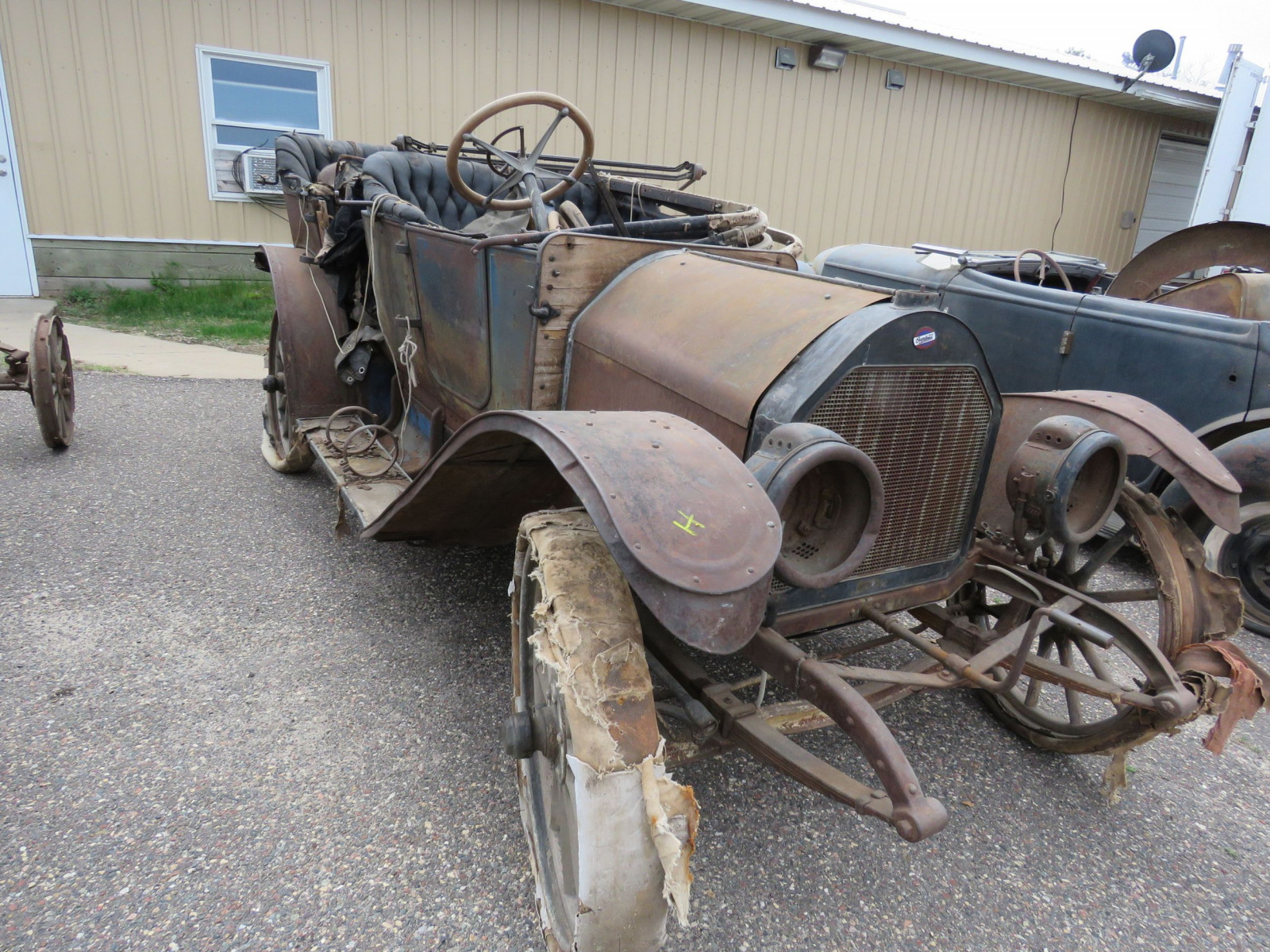 Overland Roadster for Project or Parts - Image 3