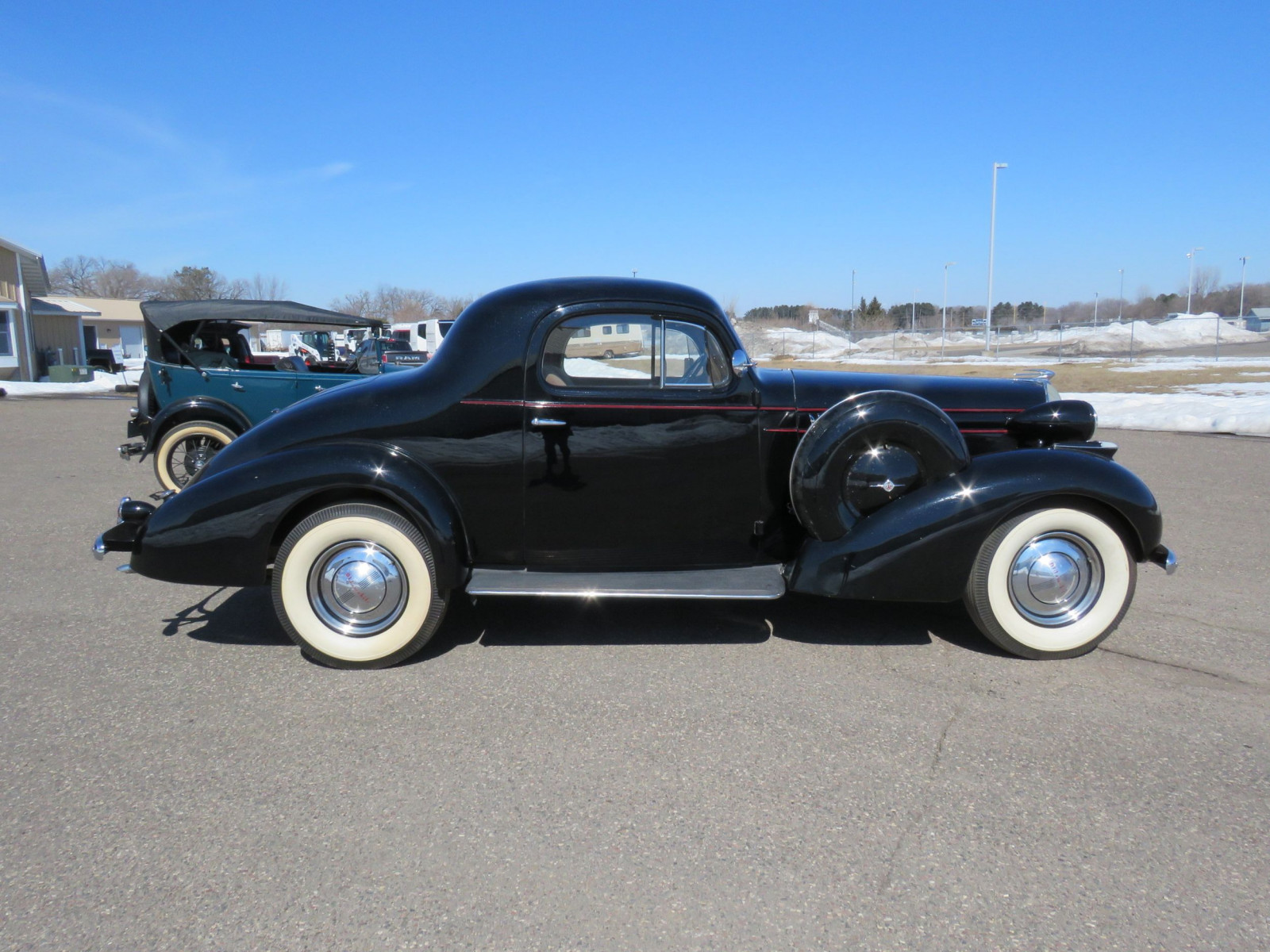 1936 Oldsmobile 3 Window Coupe - Image 5