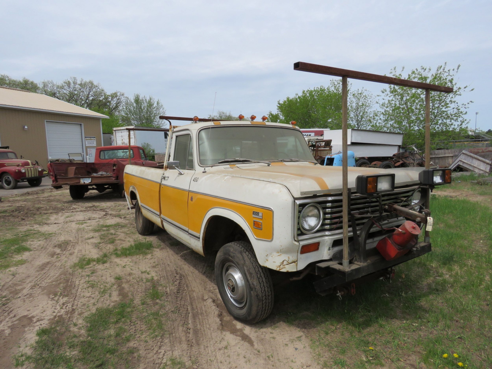 1973 International Pickup - Image 1