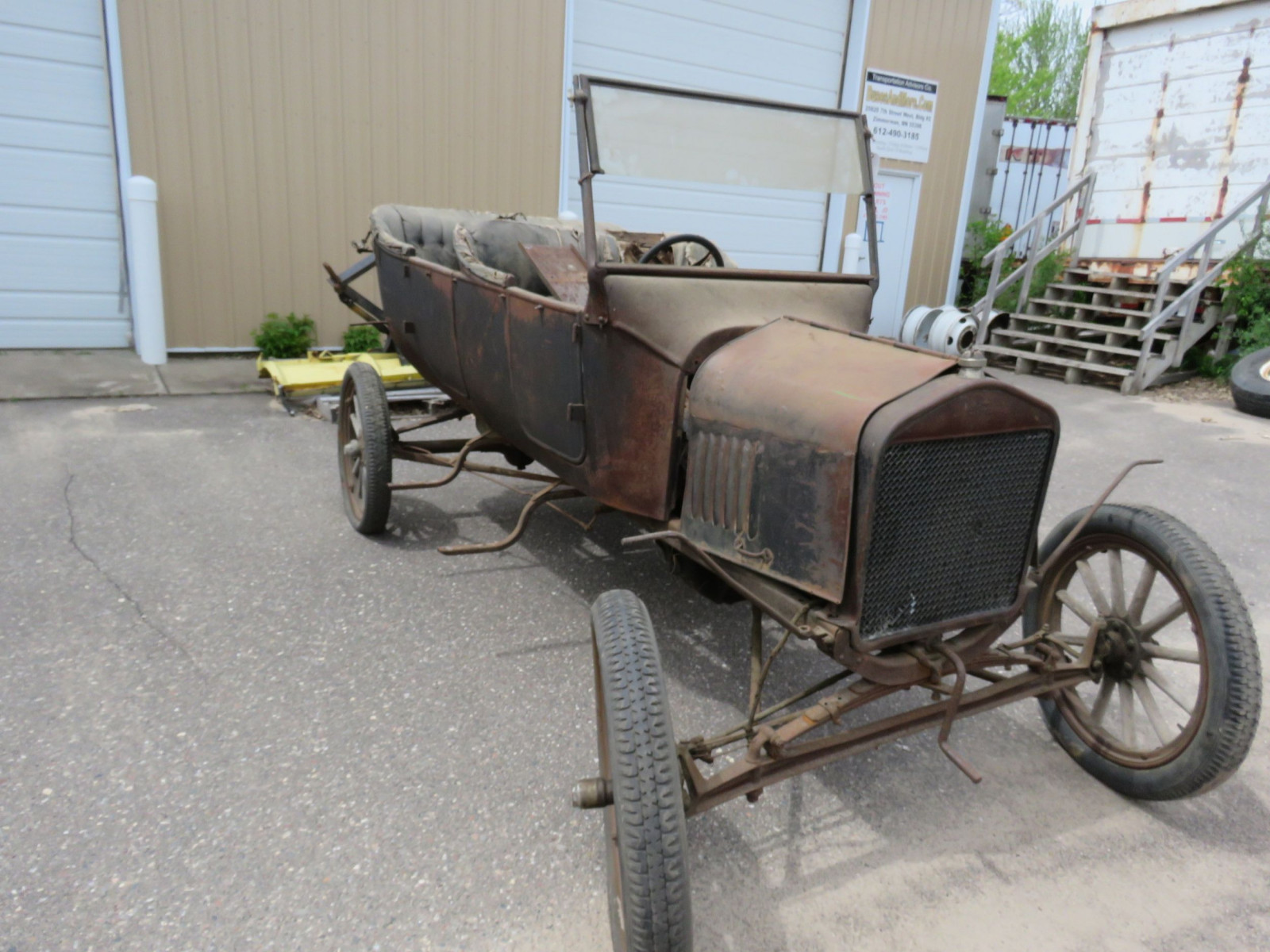 1923-25 Ford Model T Touring Project - Image 3