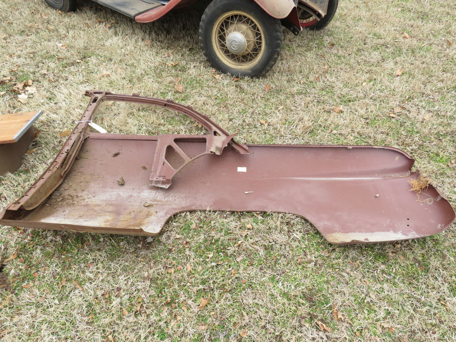NOS 1949-51 Ford Sedan Quarter Panel - Image 2