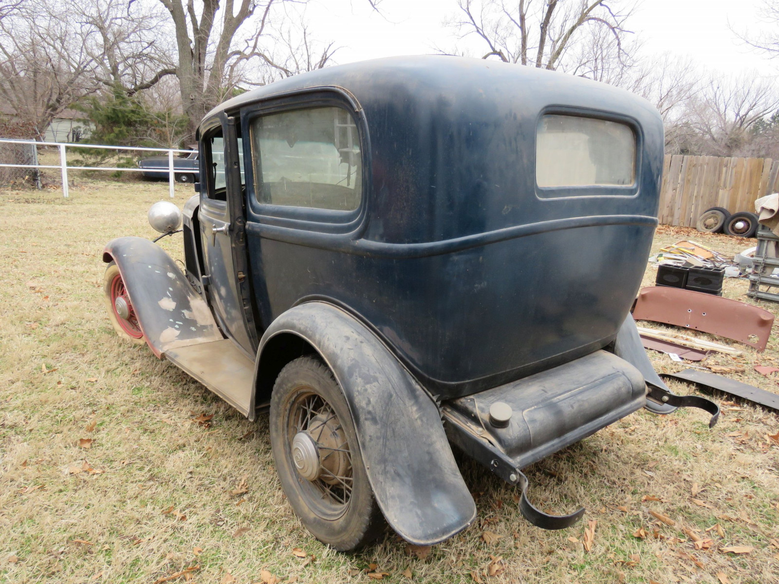 1932 Ford Tudor Sedan Barn Find - Image 5