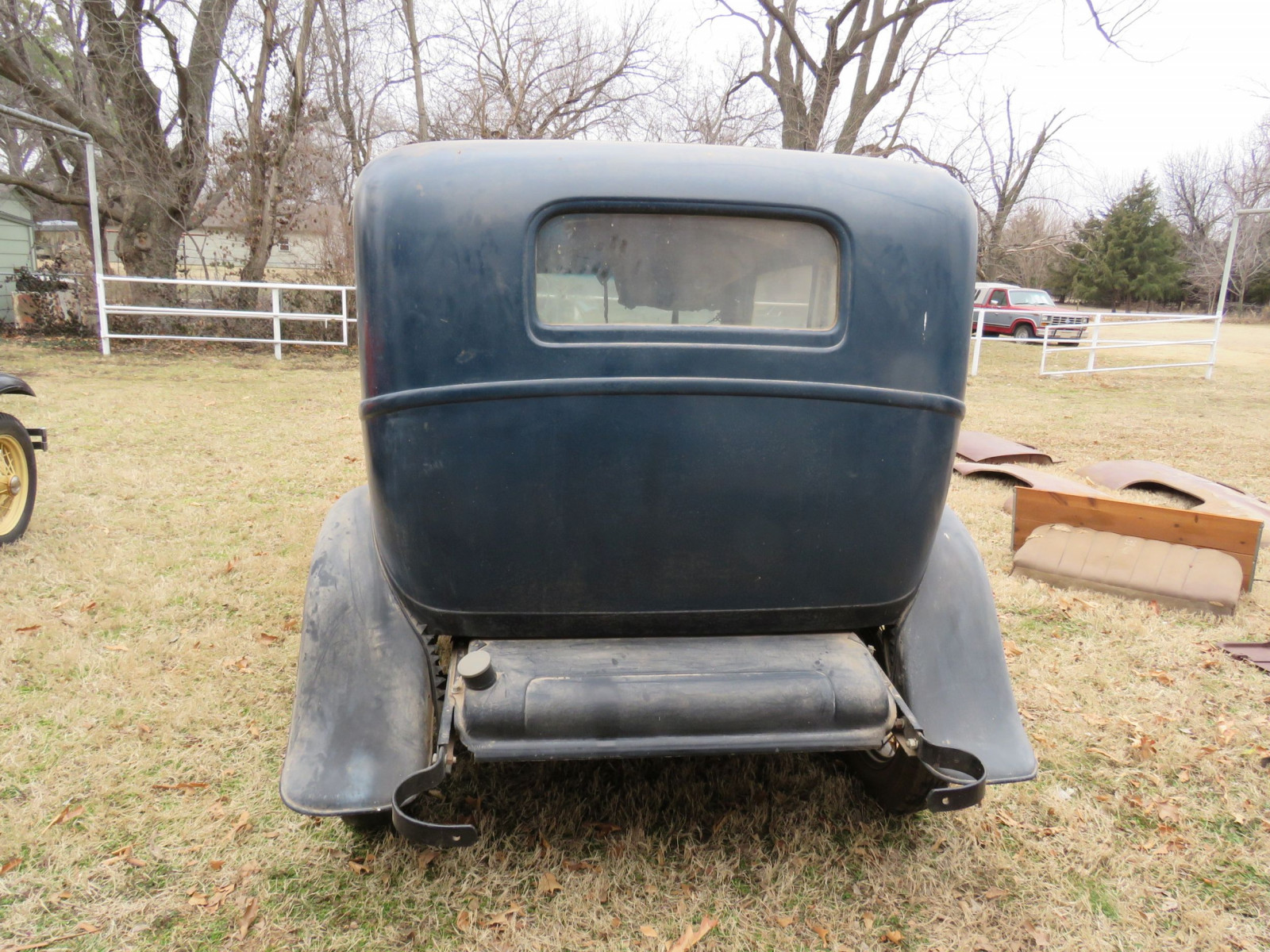 1932 Ford Tudor Sedan Barn Find - Image 6