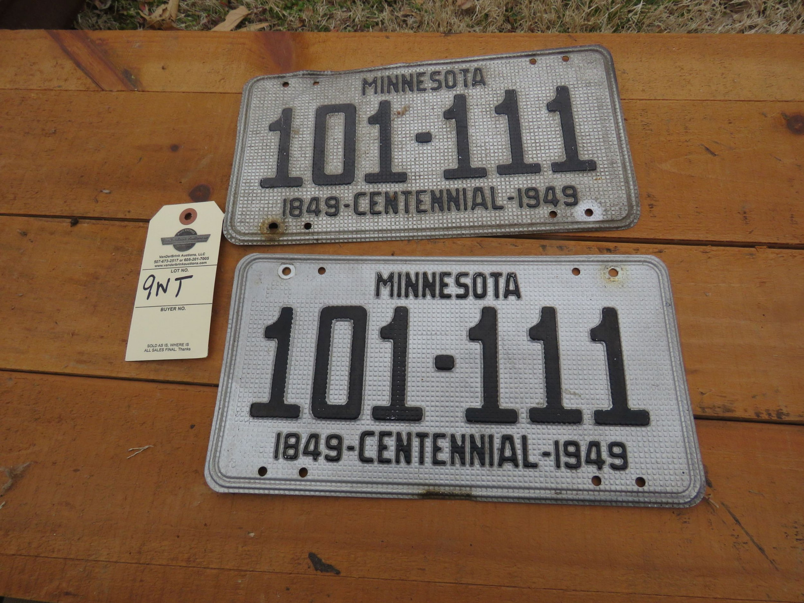 Pair of 1949 Minnesota License Plates - Image 1