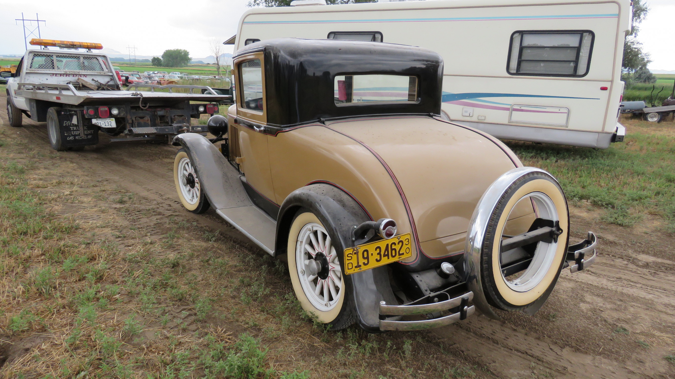 1930 PLYMOUTH COUPE - Image 10