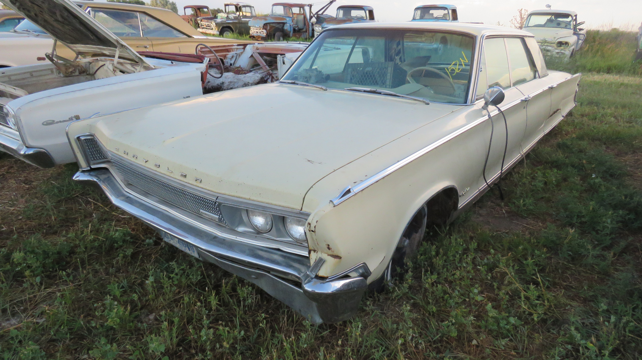 CHRYSLER NEW YORKER FOR DERBY OR PARTS - Image 1