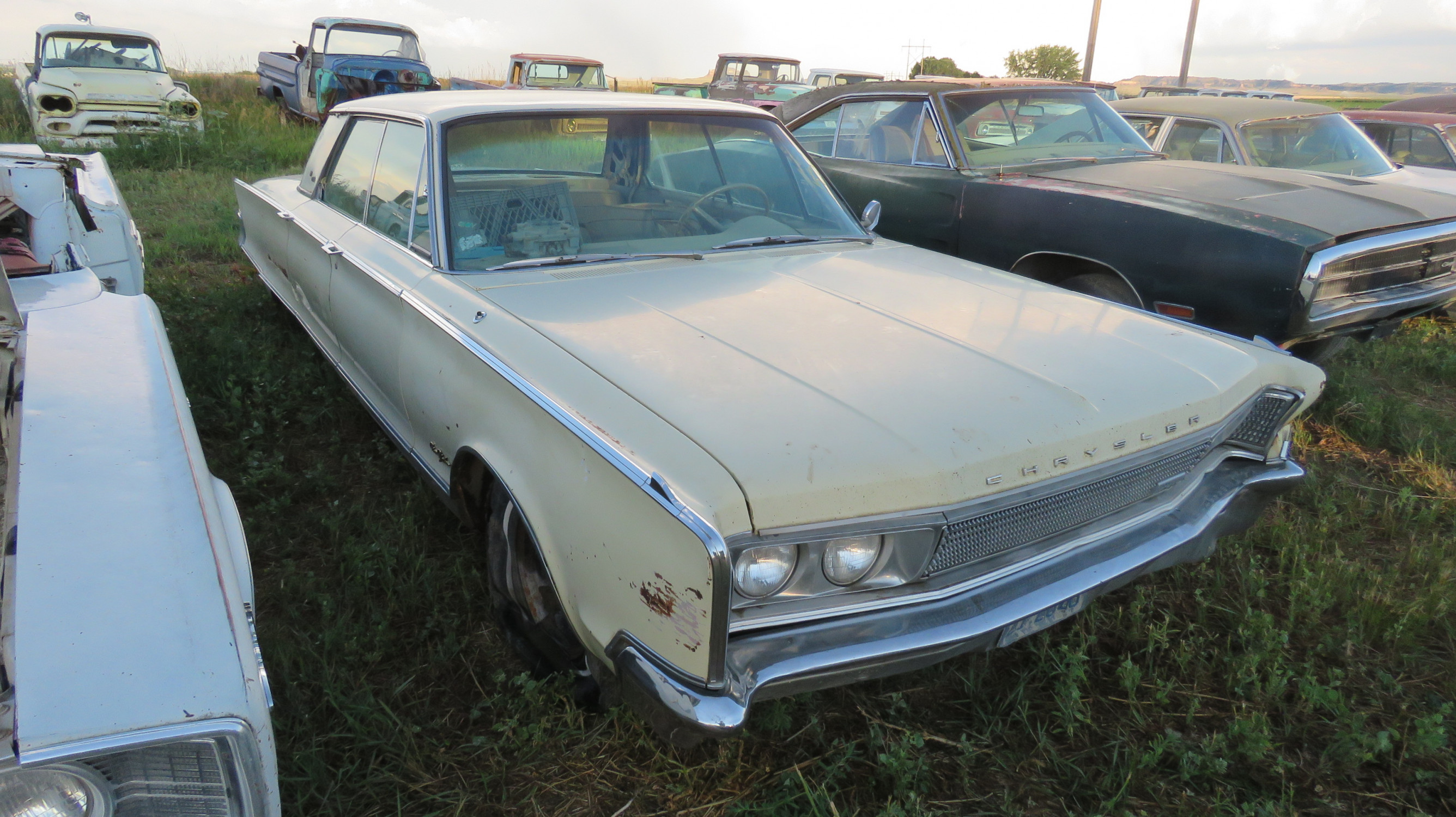 CHRYSLER NEW YORKER FOR DERBY OR PARTS - Image 2