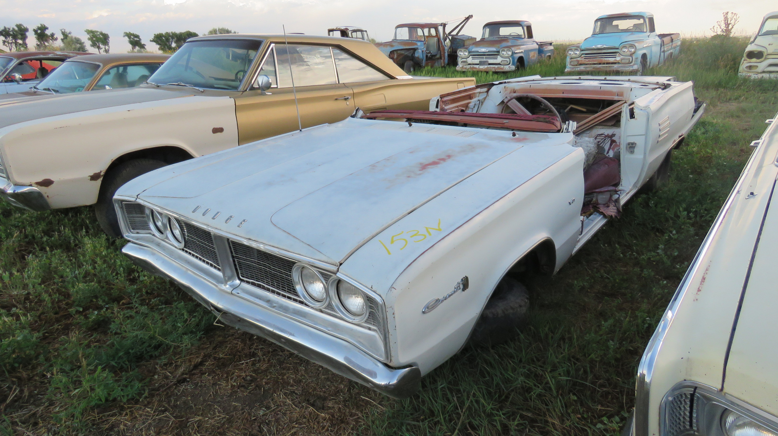 1966 DODGE CORONET FOR PARTS - Image 1
